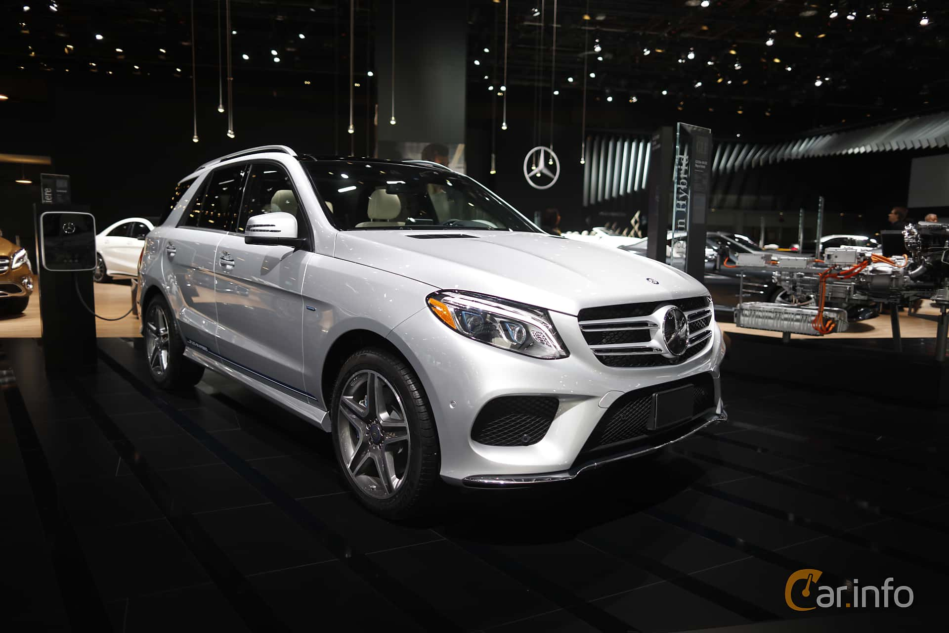 Mercedes-Benz GLE 500 e 4MATIC 3.0 V6 4MATIC 7G-Tronic Plus, 442hk, 2017 at North American International Auto Show 2017