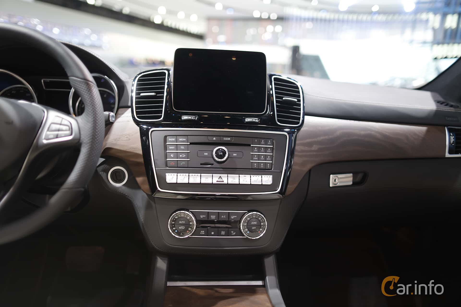 Interior of Mercedes-Benz GLE 500 e 4MATIC 3.0 V6 4MATIC 7G-Tronic Plus, 442ps, 2017 at North American International Auto Show 2017