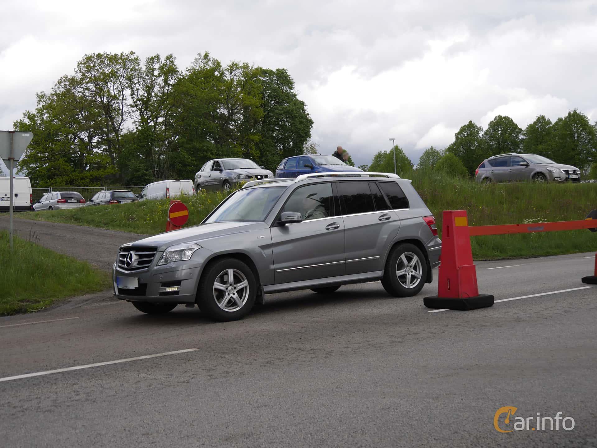 Mercedes benz glk 220 cdi 4matic blueefficiency 2 2 4matic for Mercedes benz glk 2011