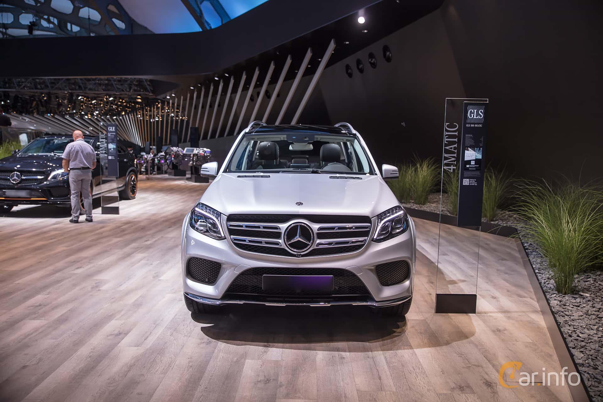 Mercedes-Benz GLS 500 4MATIC  9G-Tronic, 455hp, 2018 at IAA 2017