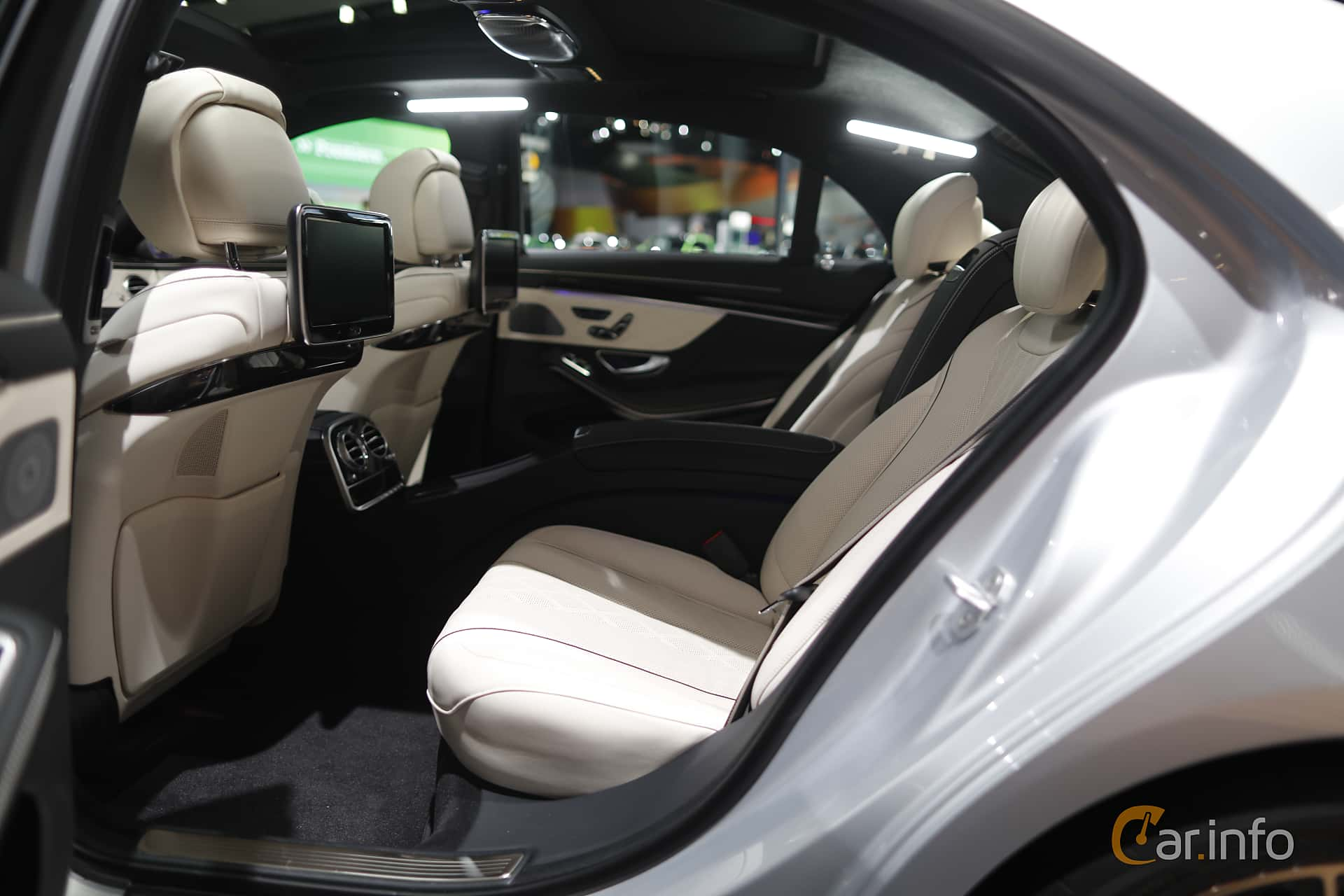 Interior of Mercedes-Benz S 500 e L 3.0 V6 7G-Tronic Plus, 442ps, 2017 at North American International Auto Show 2017