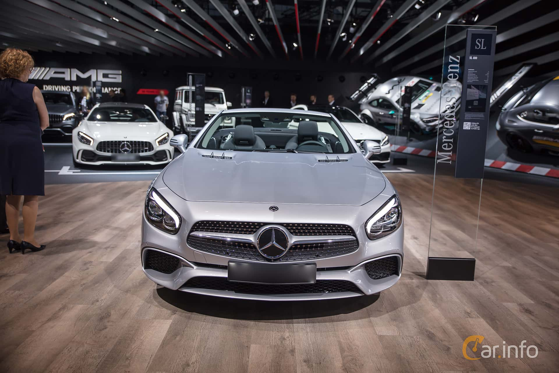 Mercedes benz sl 400 3 0 v6 9g tronic 367hp 2018 at iaa 2017 for Mercedes benz 400 se