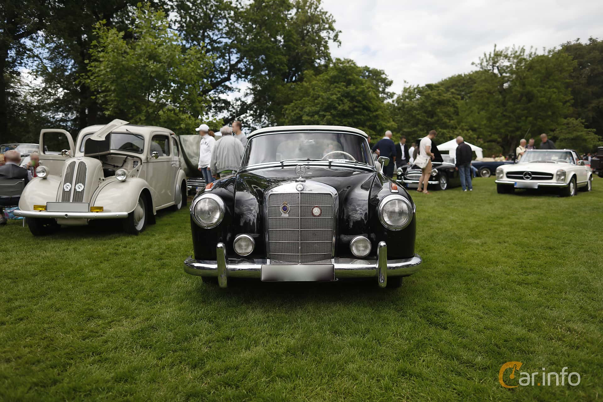 Mercedes-Benz 220 S Cabriolet  Manual, 101hp, 1956 at Sofiero Classic 2019