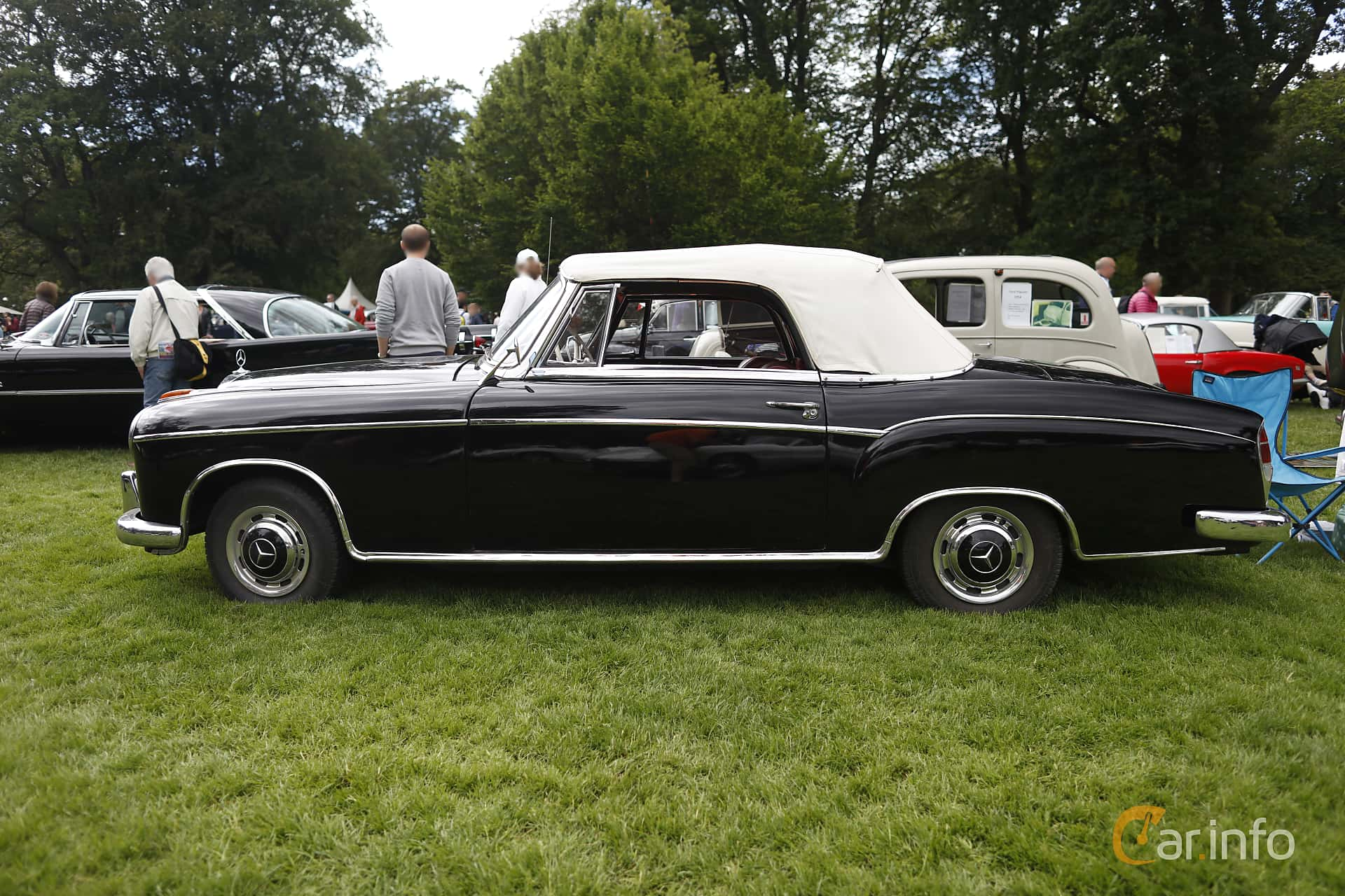 Side  of Mercedes-Benz 220 S Cabriolet  Manual, 101ps, 1956 at Sofiero Classic 2019