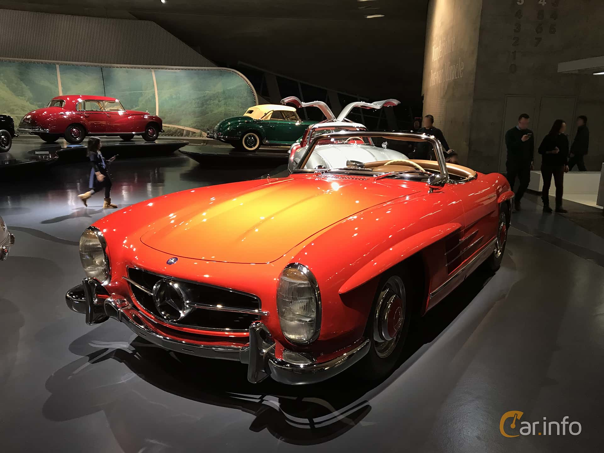 Front/Side  of Mercedes-Benz 300 SL Roadster  Manual, 225ps, 1962