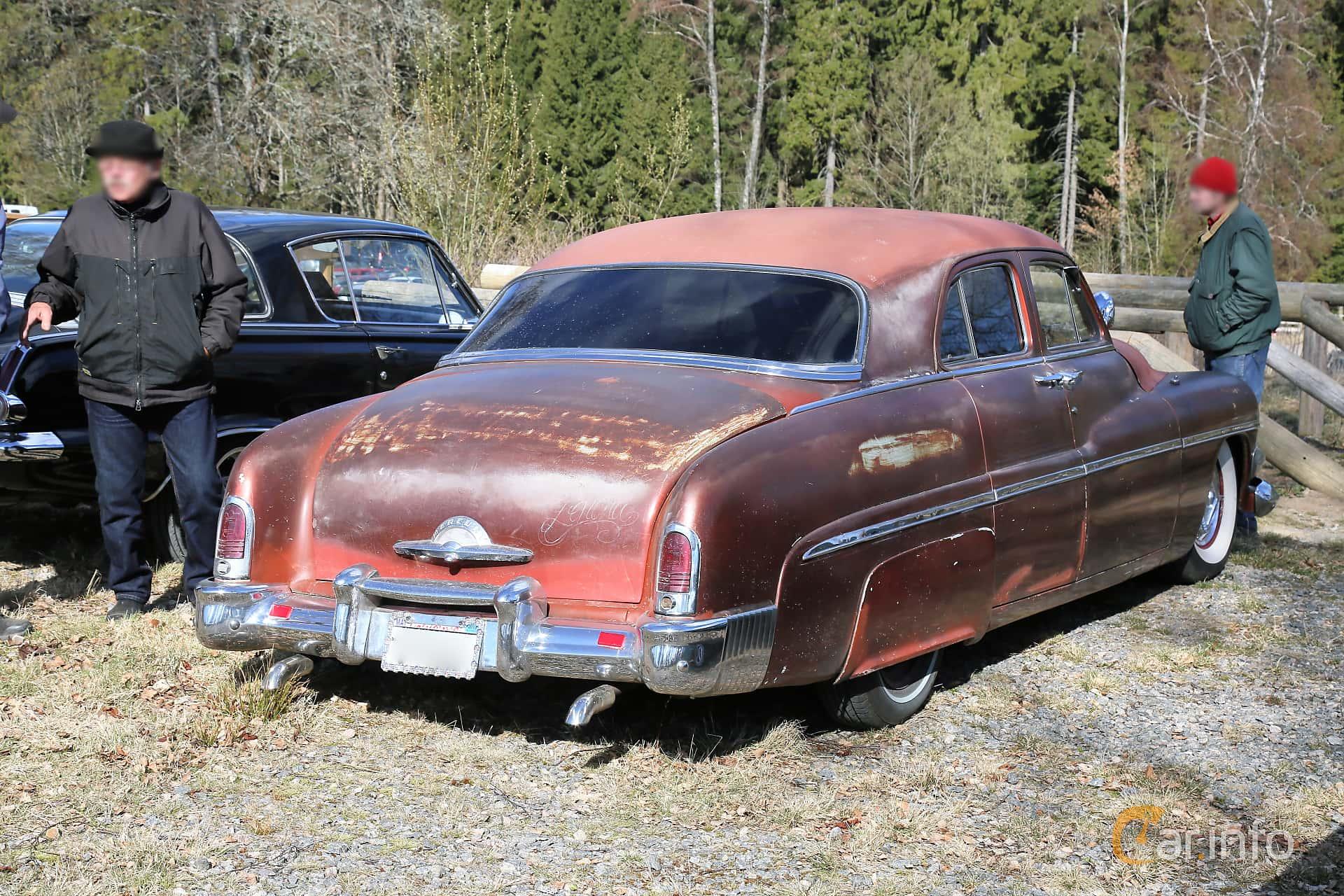 Mercury Eight 1CM Sedan 4.2 V8 Manual, 1951 at Uddevalla Veteranbilsmarknad Backamo, Ljungsk 2019