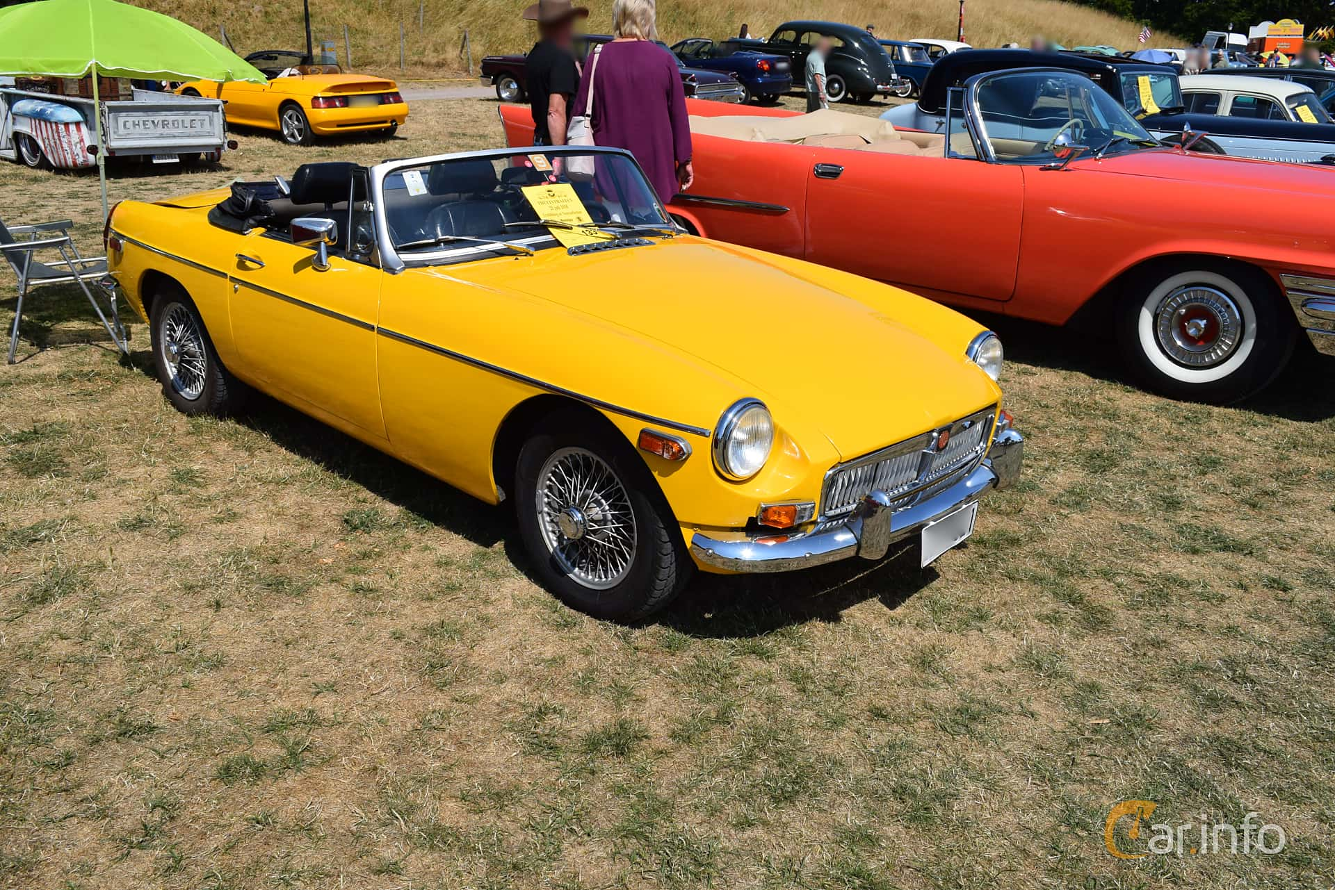 Front/Side  of MG MGB Roadster 1.8 Manual, 95ps, 1978 at Thulinträffen 2018