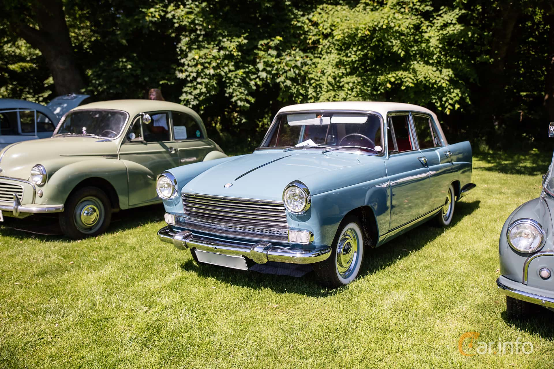 Front/Side  of Morris Oxford 1.5 Manual, 54ps, 1959 at Sofiero Classic 2017