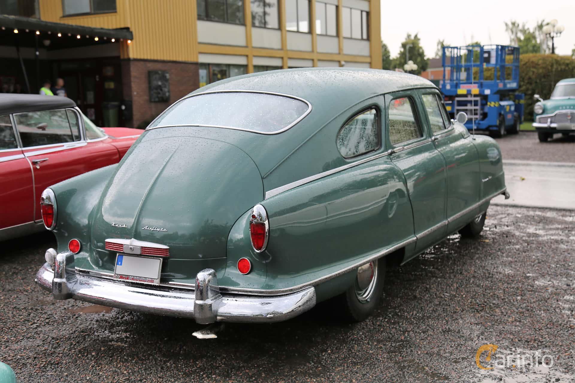 Back/Side of Nash Statesman 4-door Sedan 3.0 Manual, 86ps, 1951 at Bil & MC-träffar i Huskvarna Folkets Park 2019 Amerikanska fordon