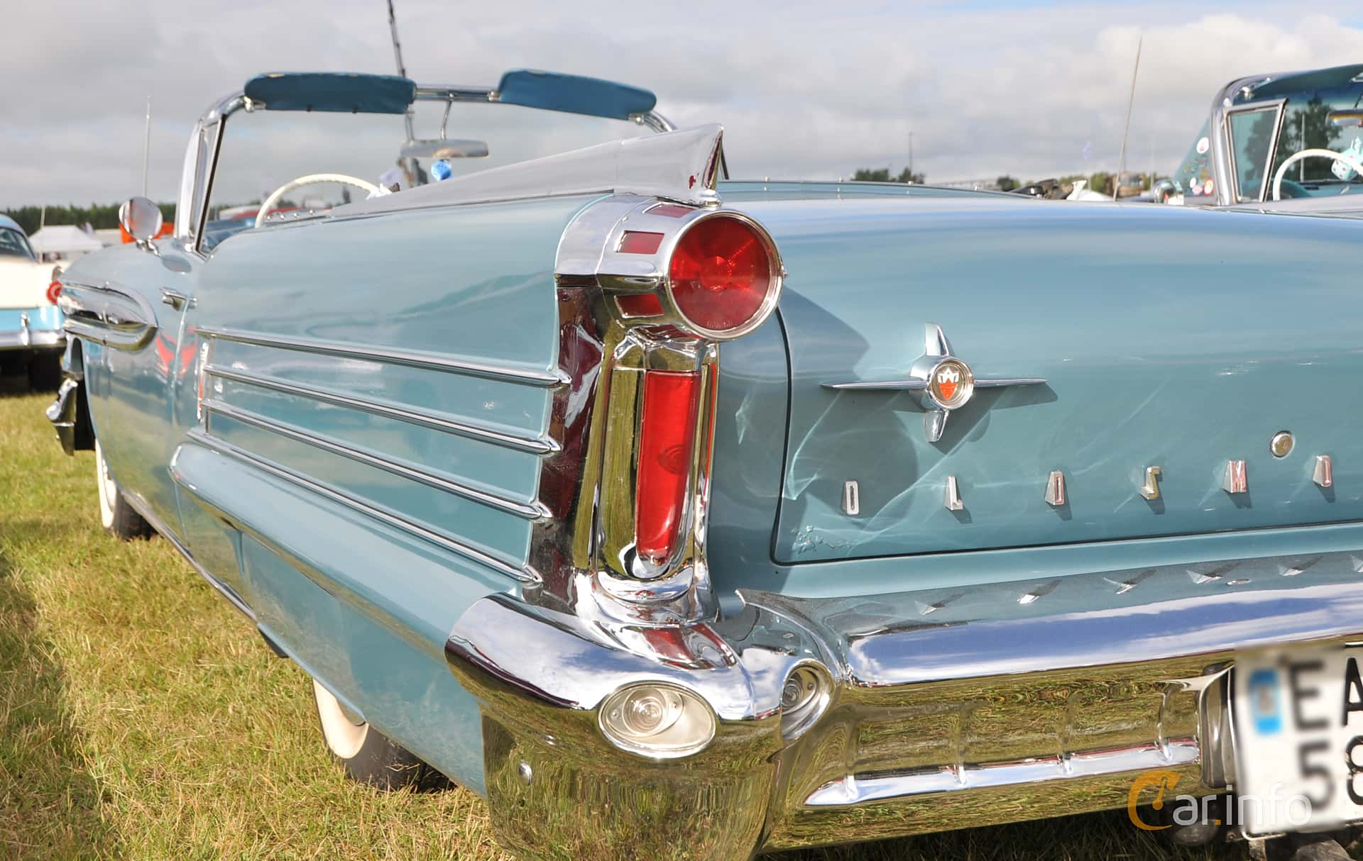 Oldsmobile Ninety-Eight Convertible Coupé 6.1 V8 Hydra-Matic, 309hp, 1958 at Wheels & Wings 2016