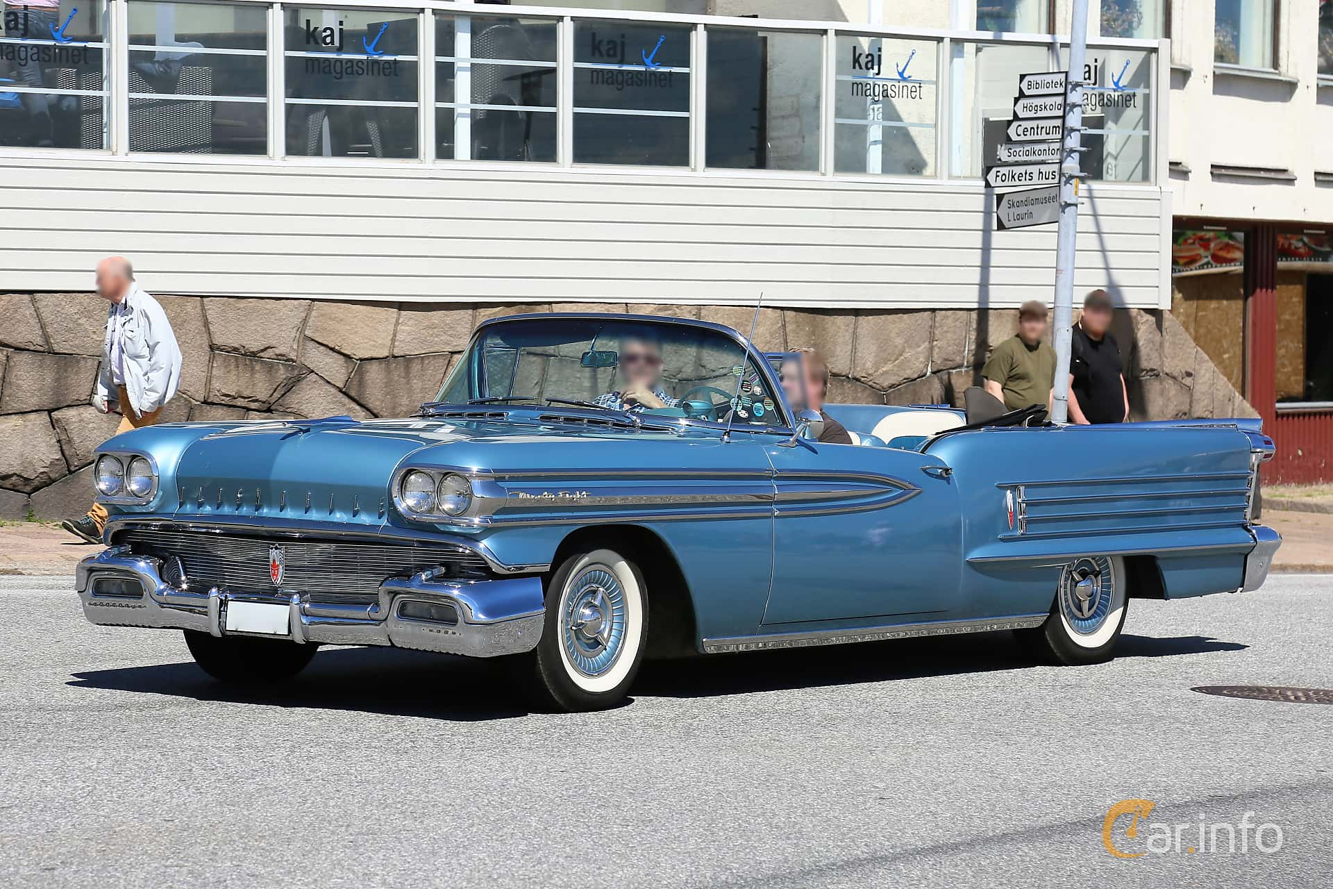 Oldsmobile Ninety-Eight Convertible Coupé 6.1 V8 Hydra-Matic, 309hp, 1958 at Cruising Lysekil 2019