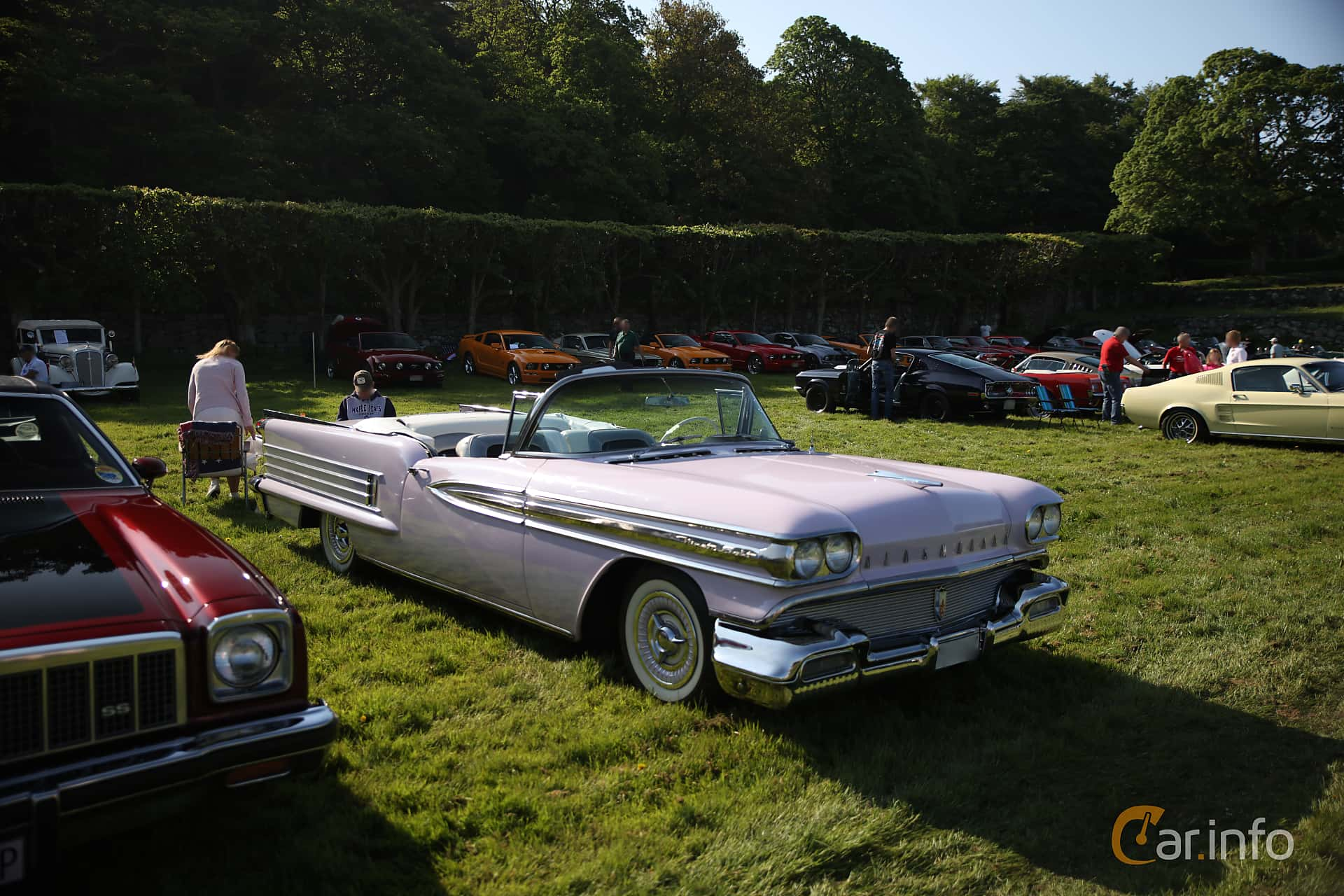 Oldsmobile Ninety-Eight Convertible Coupé 6.1 V8 Hydra-Matic, 309hp, 1958 at Tjolöholm Classic Motor 2018