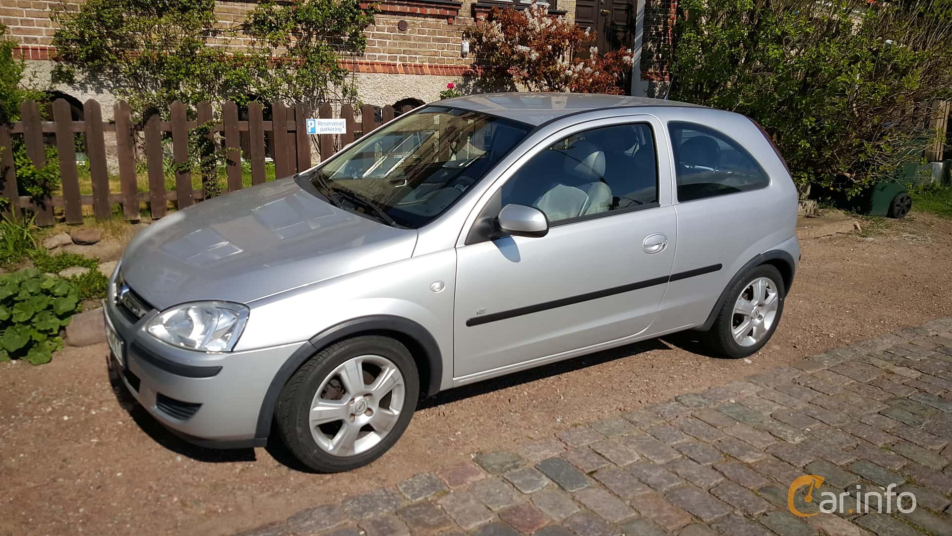 100+ [ Opel Corsa 2004 Sedan ]   2004 Vauxhall Corsa
