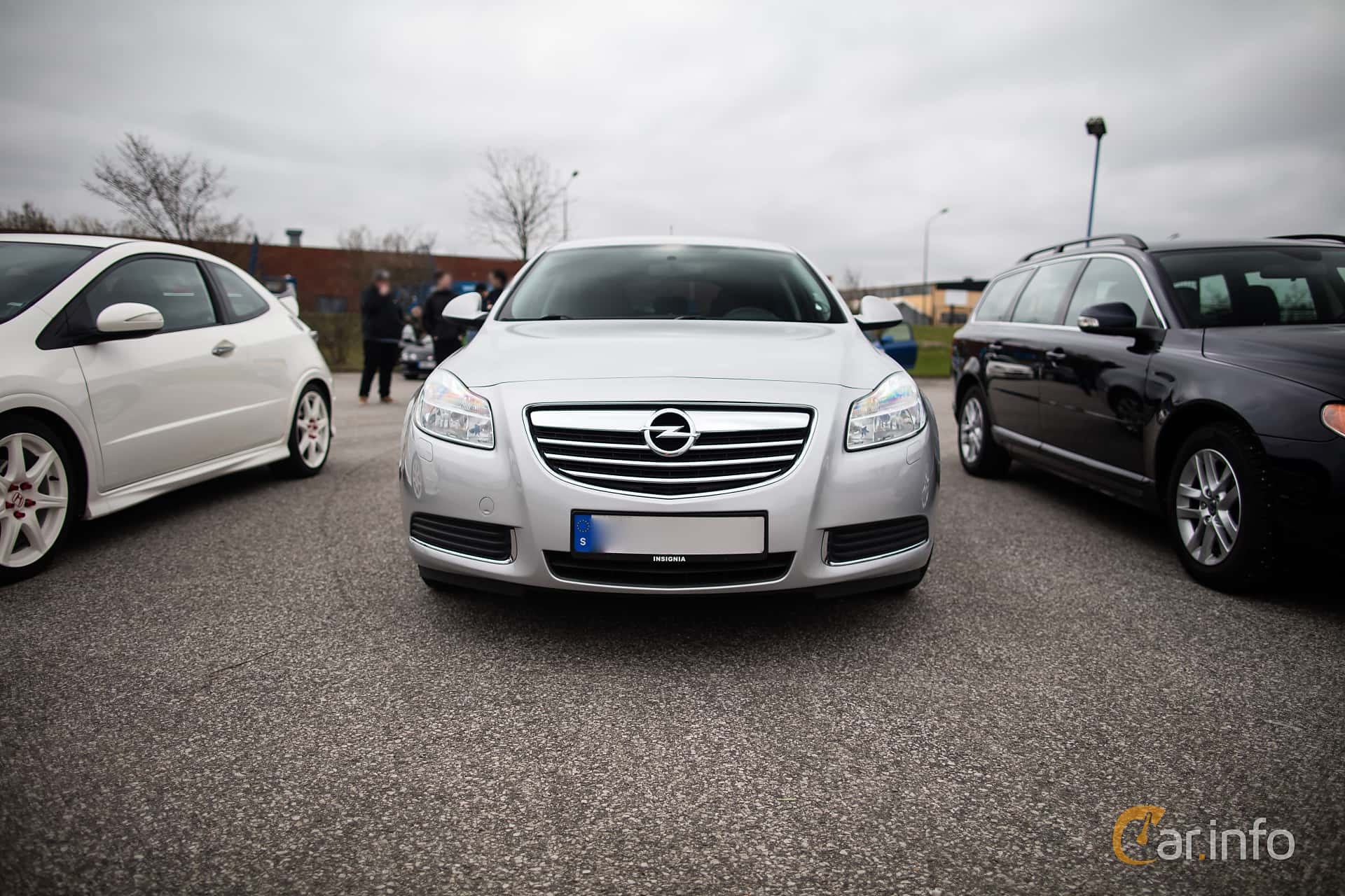 3 images of Opel Insignia 2.0 Turbo Manual, 220hp, 2009 by