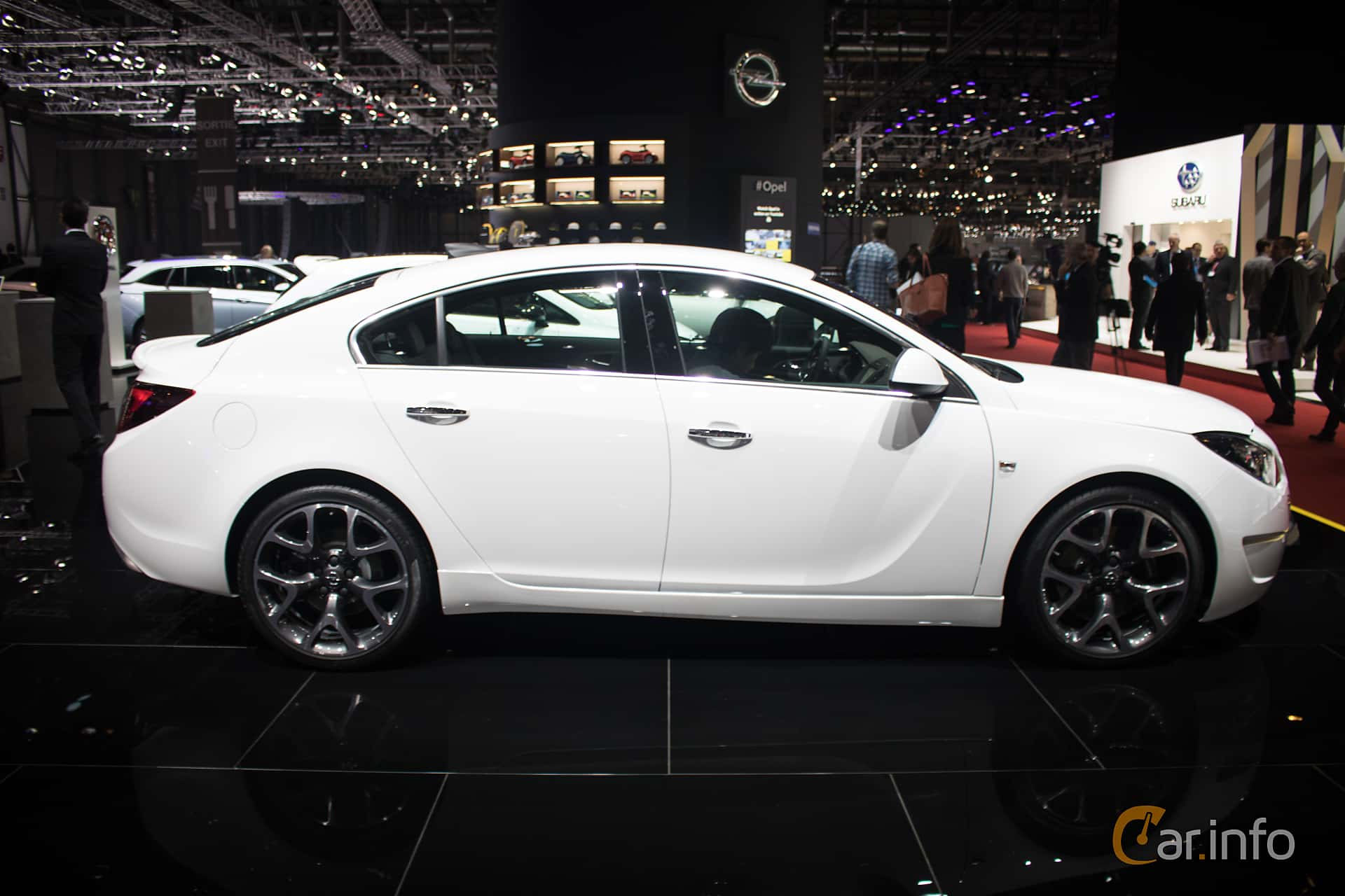 opel insignia opc 2 8 v6 turbo 4x4 automatic 325hp 2016. Black Bedroom Furniture Sets. Home Design Ideas