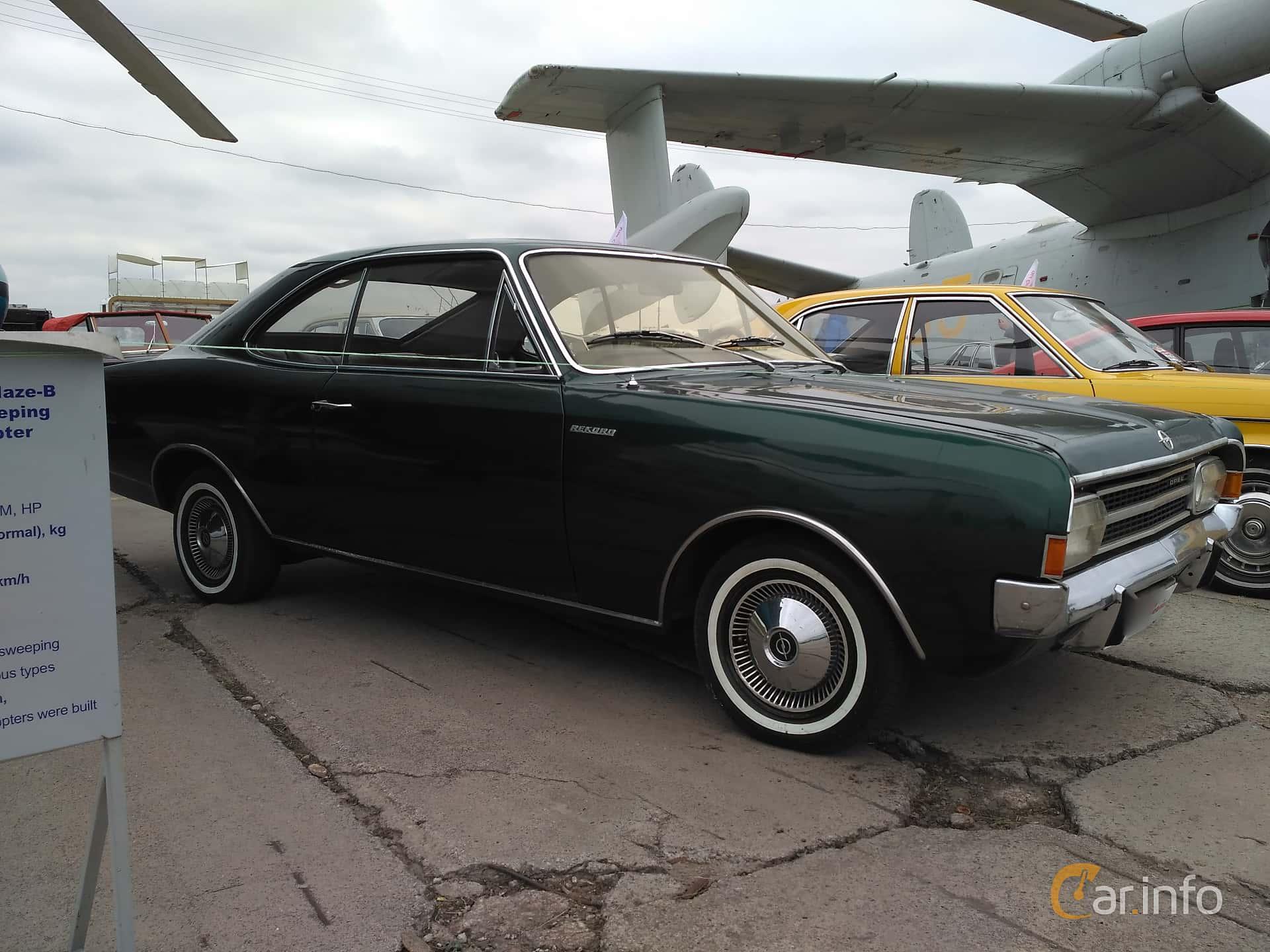 Images of a Opel Rekord 2-door 1.9 S 90hp, 1969