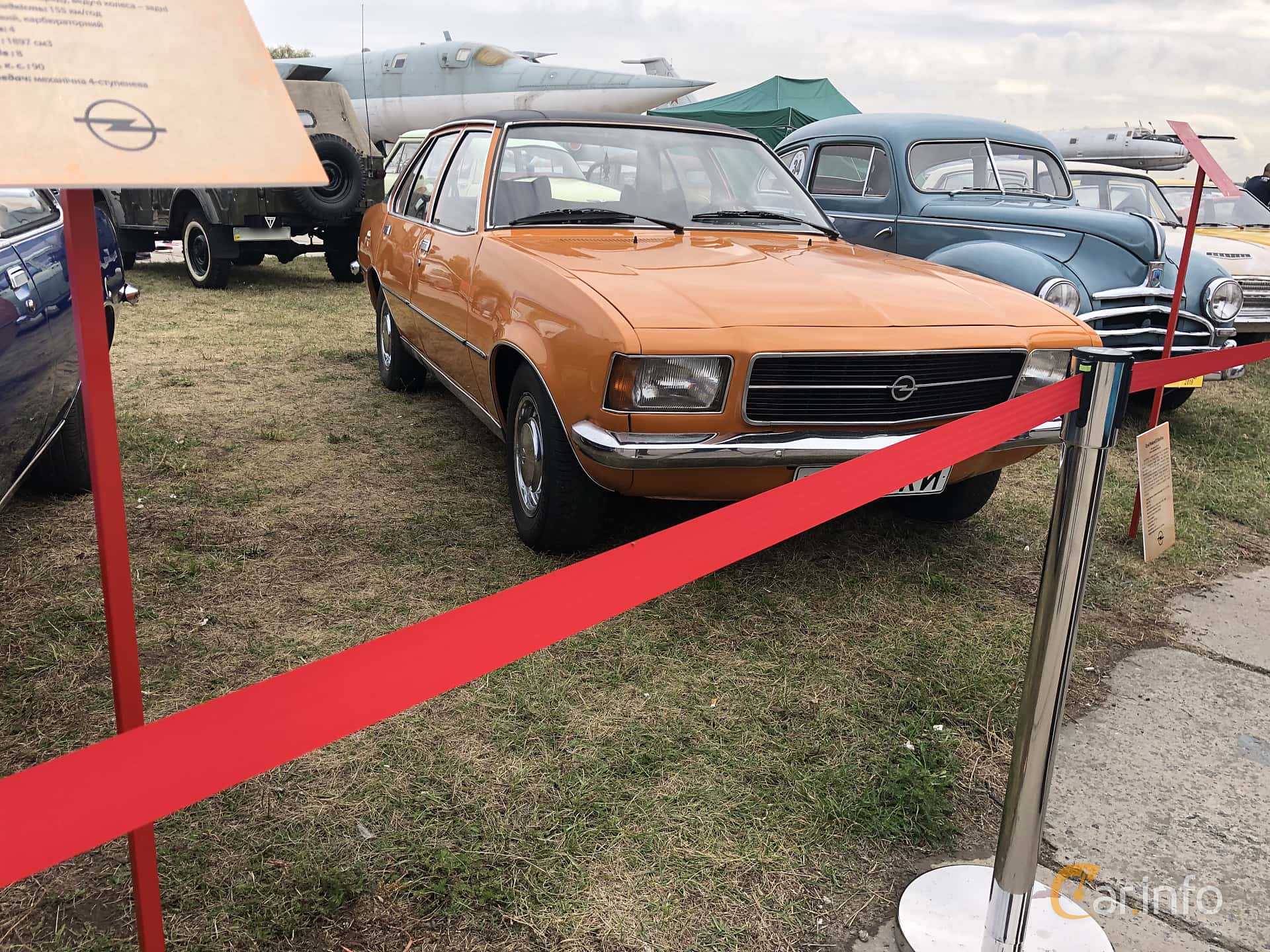 Front/Side  of Opel Rekord 4-door 1.9 S Automatic, 90ps, 1975 at Old Car Land no.2 2019