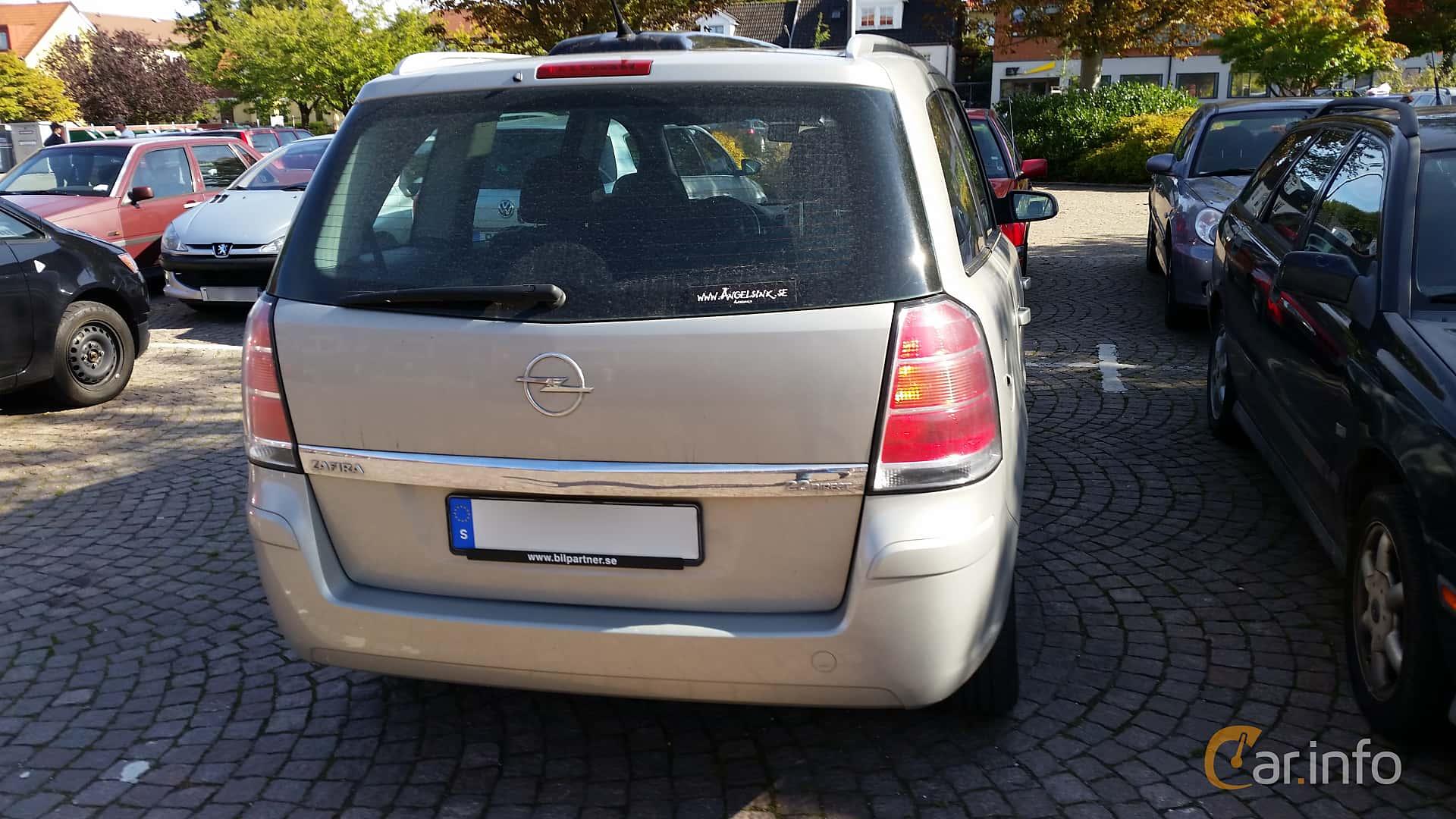Back of Opel Zafira 2.2 Direct Manual, 150ps, 2006