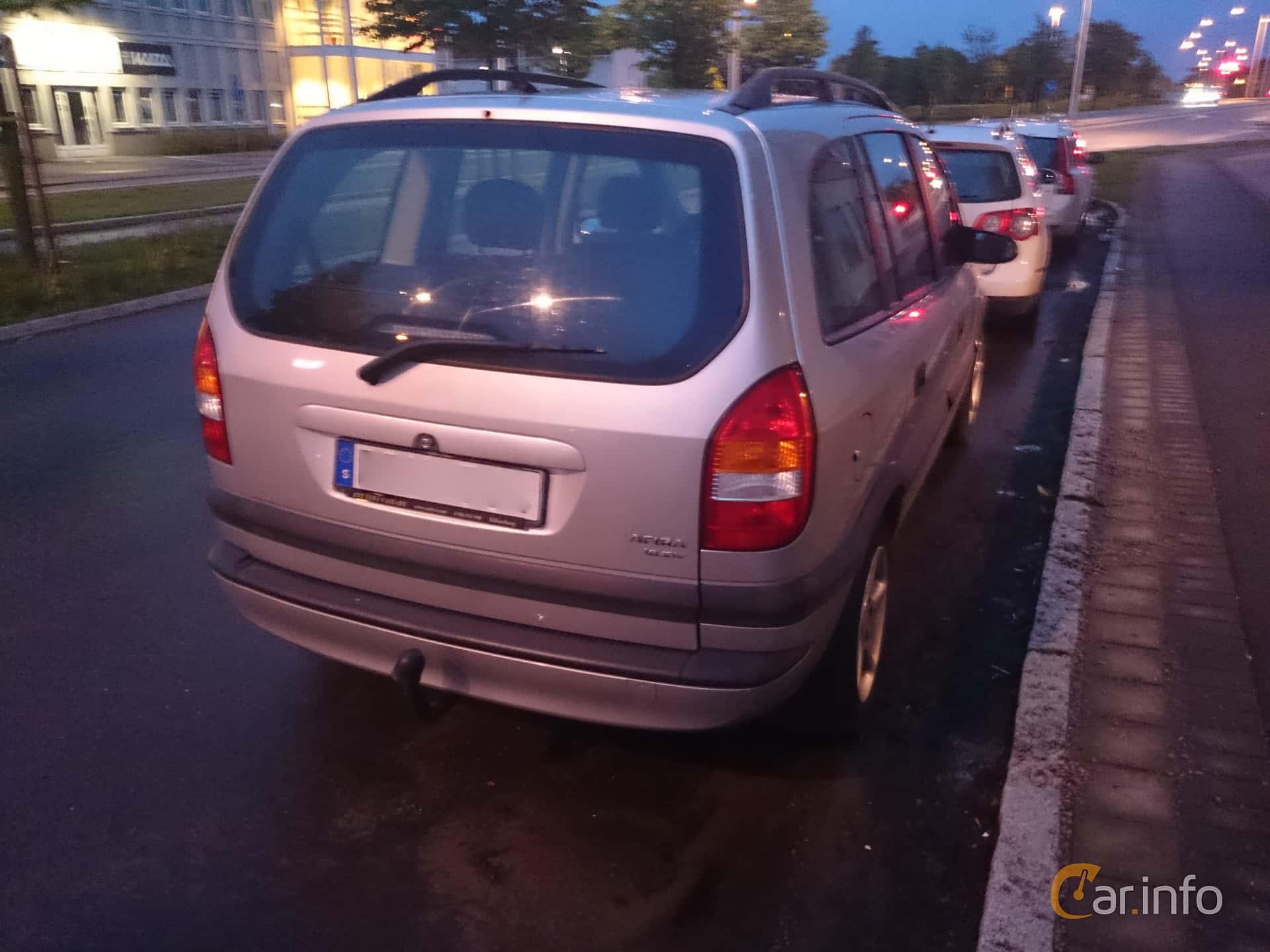 Opel Zafira 1.8 Manual, 115hp, 2000