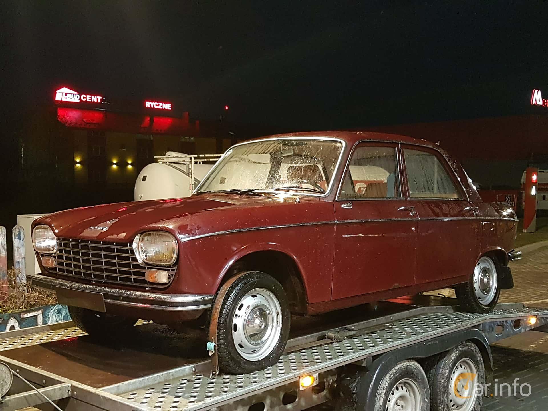 Fram/Sida av Peugeot 204 Sedan 1.1 Manual, 54ps, 1972