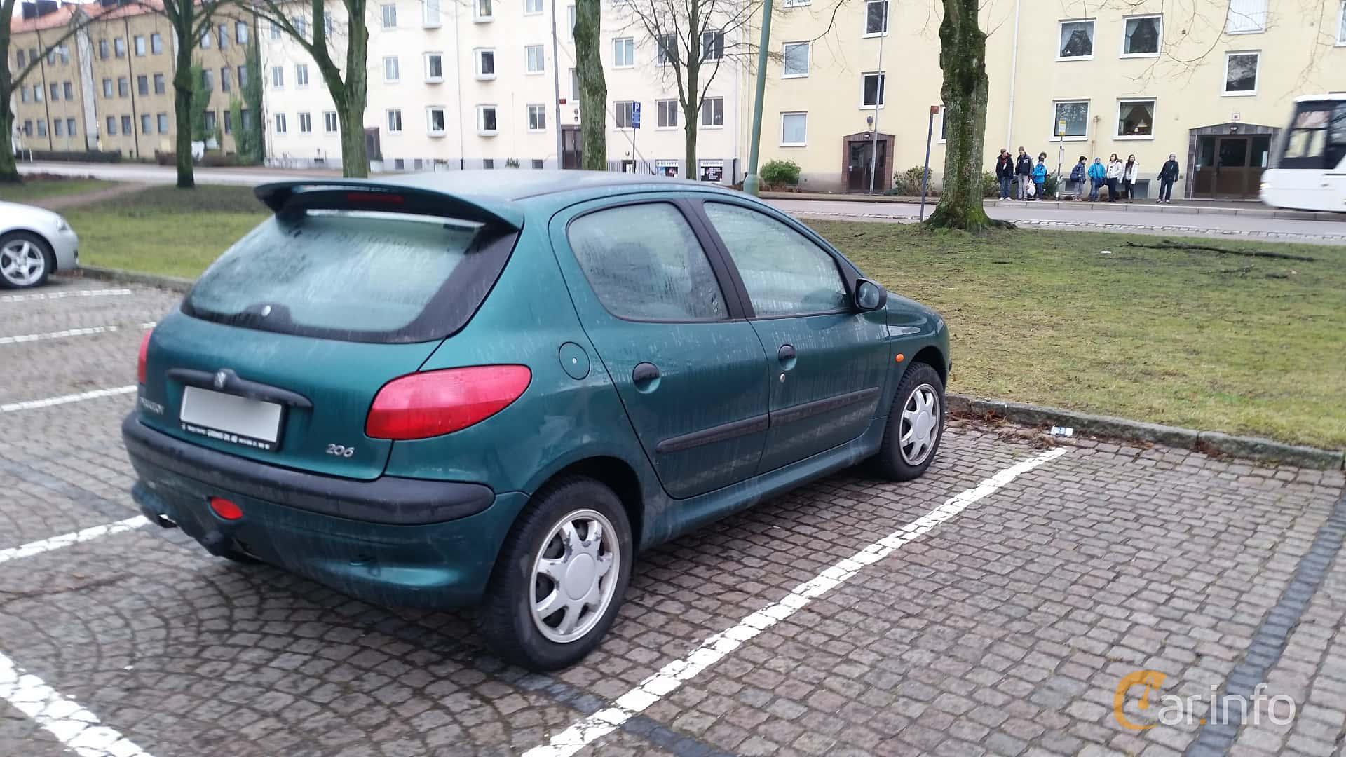 Back/Side of Peugeot 206 3-door 1.6 Manual, 89ps, 1999