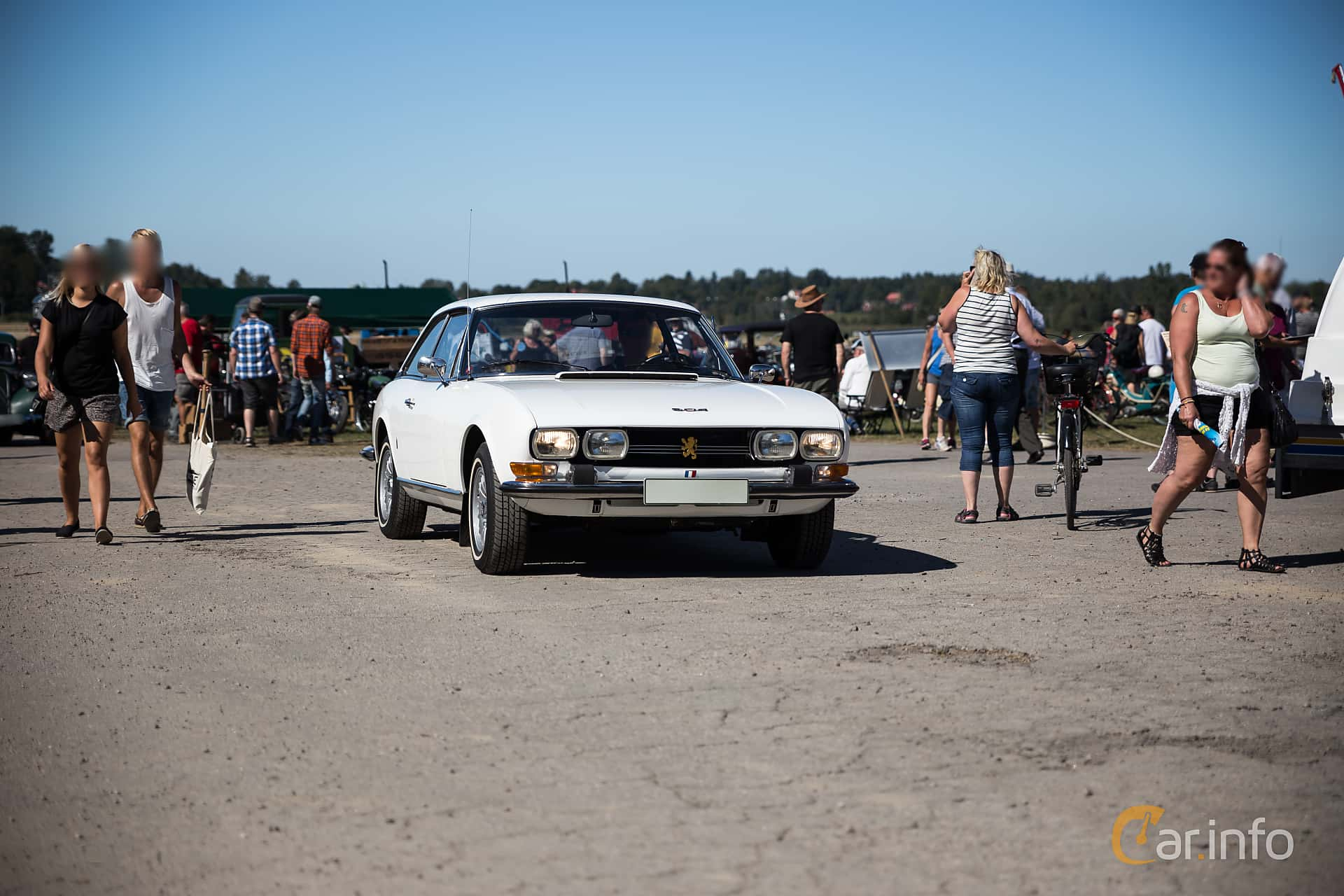 Peugeot 504 Coupé 2.0 Manual, 102hp, 1973 at Eskilstunas Veterandag 2015