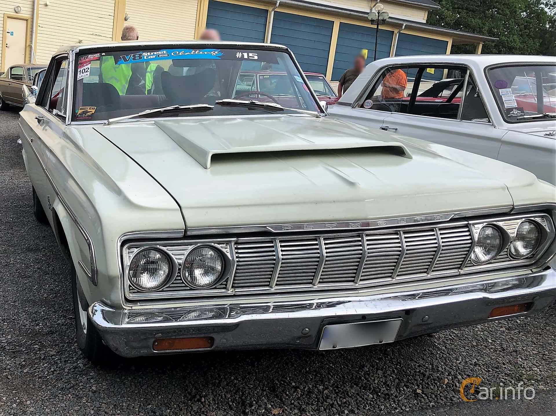 Front/Side  of Plymouth Belvedere Hardtop 7.0 V8 PowerFlite, 370ps, 1964 at Bil & MC-träffar i Huskvarna Folkets Park 2019 vecka 32 tema Hot Rods