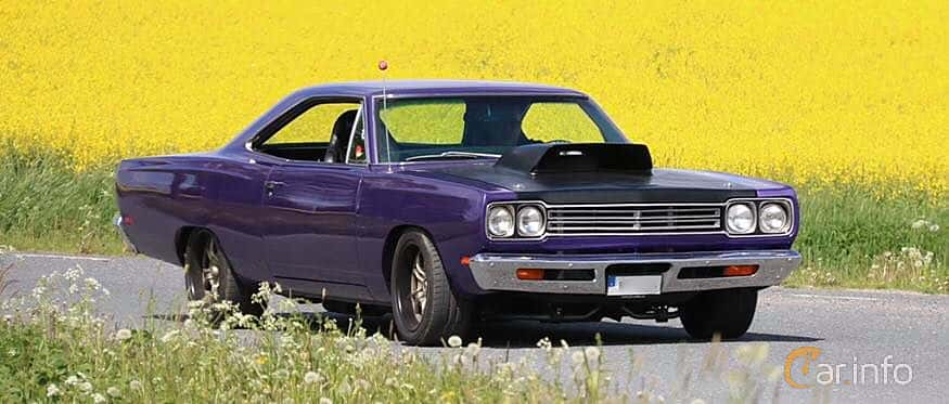 Front/Side  of Plymouth Satellite Hardtop 5.2 V8 TorqueFlite, 233ps, 1969