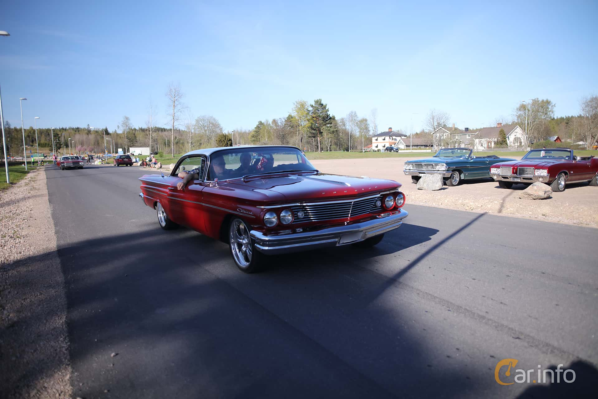 3 Images Of Pontiac Catalina 2 Door Hardtop 64 V8 Automatic 264hp 1960 Front Side 264ps