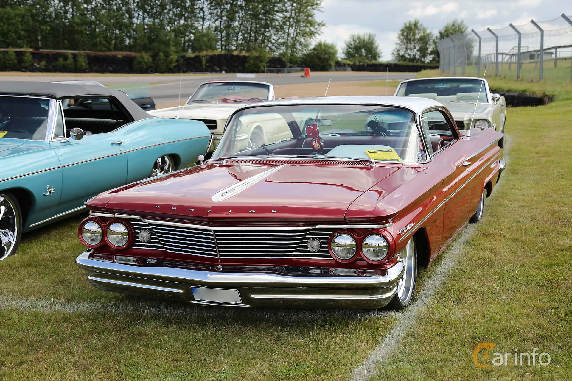1 Images Of Pontiac Catalina 2 Door Hardtop 64 V8 Automatic 264hp 1960 Front Side 264ps