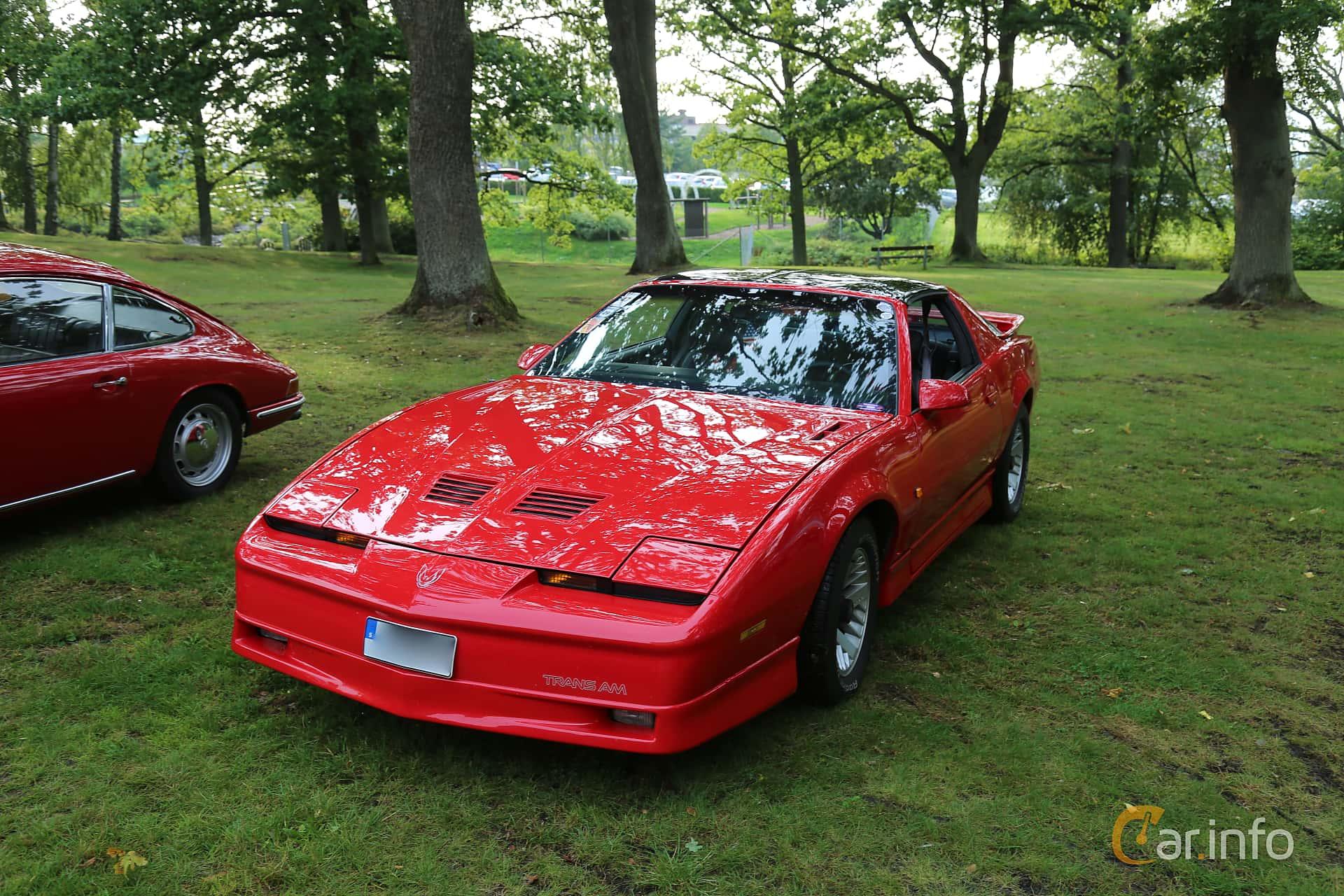 Pontiac Firebird 5.0 V8 Automatic, 230hp, 1990 at Bil & MC-träffar i Huskvarna Folkets Park 2019 Amerikanska fordon