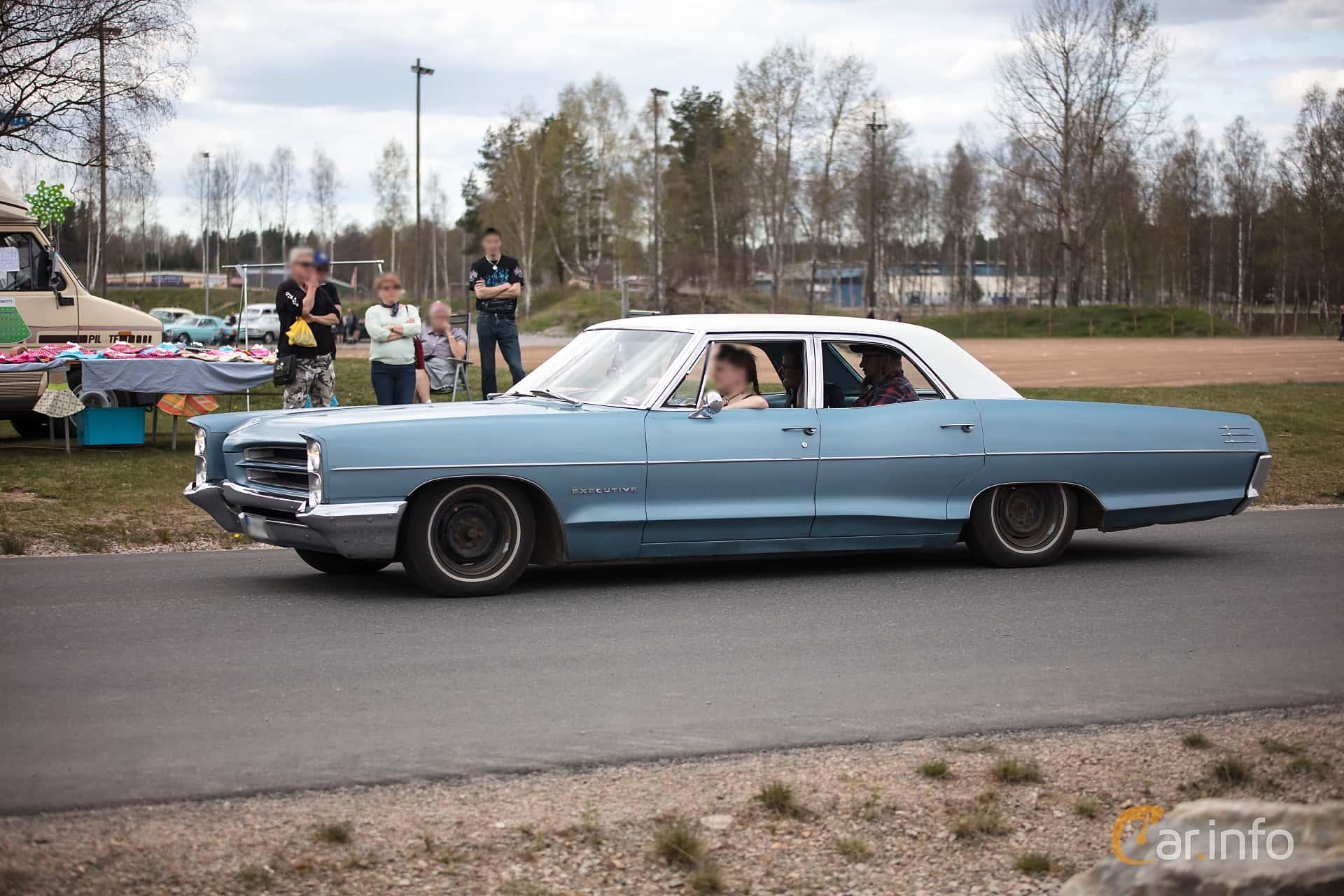 Front Side Of Pontiac Star Chief Sedan 64 V8 Hydra Matic 294ps