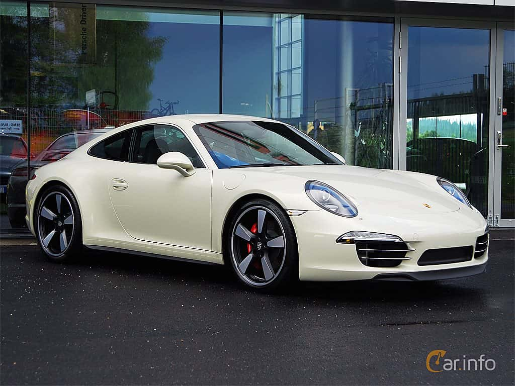 Fram/Sida av Porsche 911 Carrera S 3.8 H6 Manual, 400ps, 2014