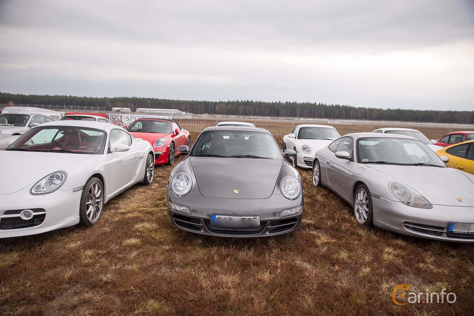 Porsche 911 Carrera 4S 3.8 H6 4 Manual, 355hp, 2008 at Skövde Sportbilsfestival 2016