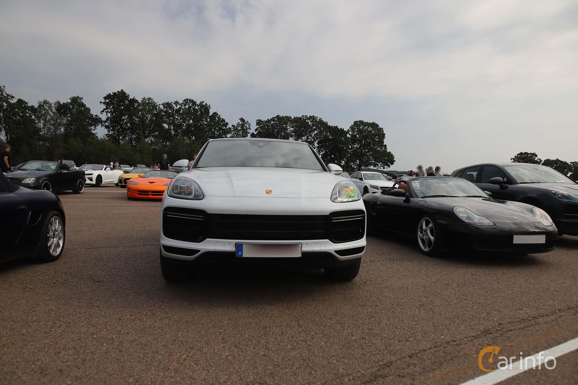 Porsche Cayenne Turbo  TipTronic S, 550hp, 2020 at Autoropa Racing day Knutstorp 2019