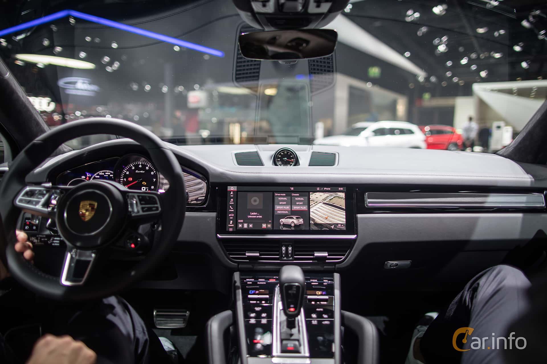 2018 porsche cayenne interior.  2018 interior of porsche cayenne turbo 40 v8 4 tiptronic s 550ps 2018 at iaa and porsche cayenne interior