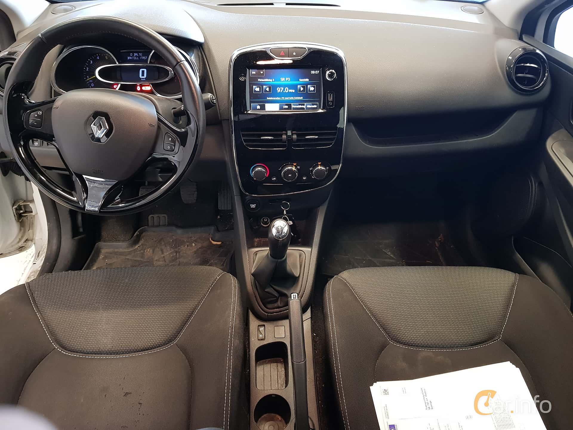 Renault Clio Interior 2014
