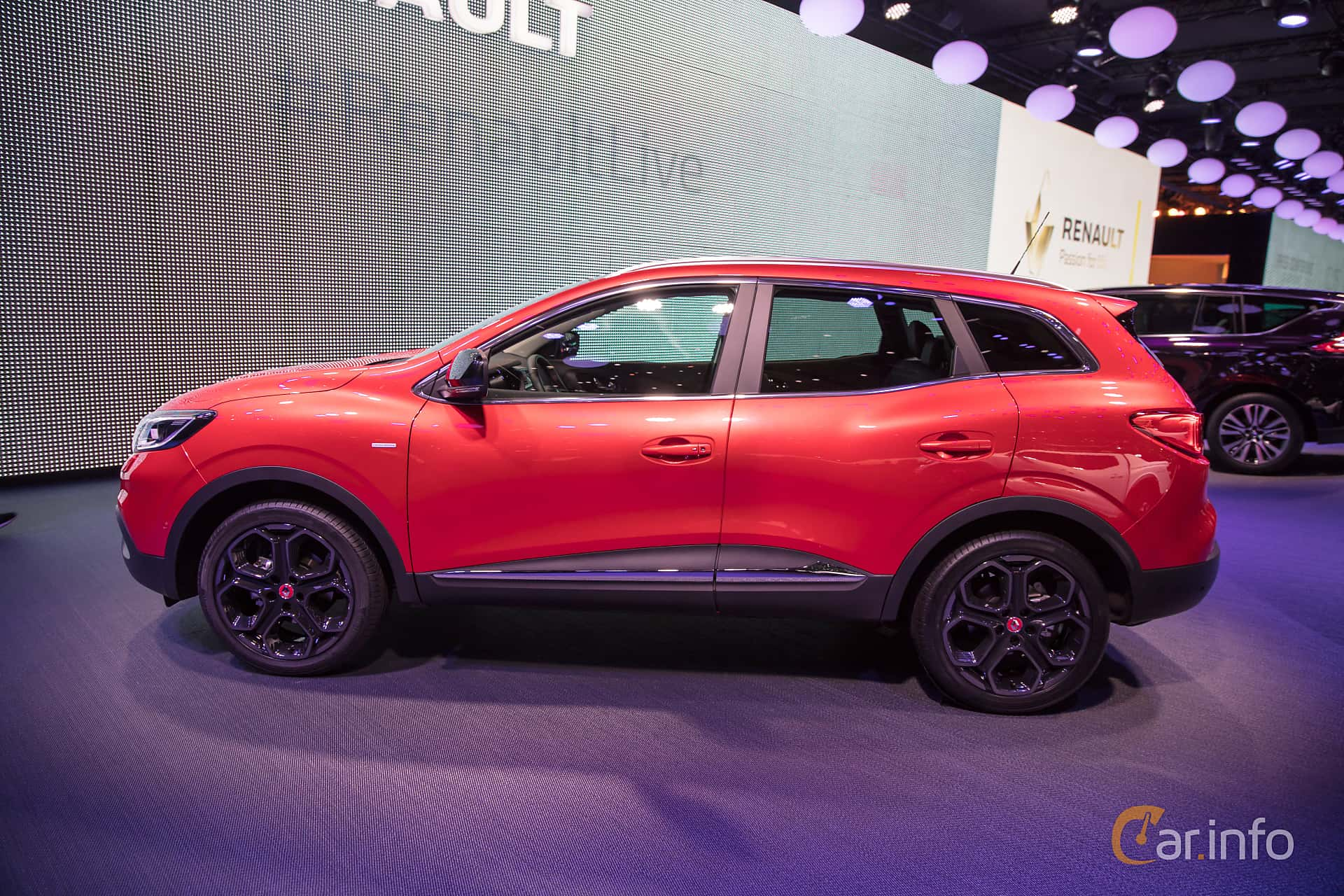 user images of renault kadjar 2017. Black Bedroom Furniture Sets. Home Design Ideas