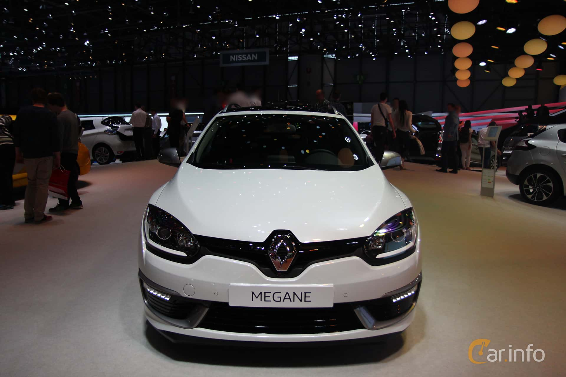 Front of Renault Mégane Grandtour 2.0 TCe Manual, 220ps, 2015 at Geneva  Motor Show