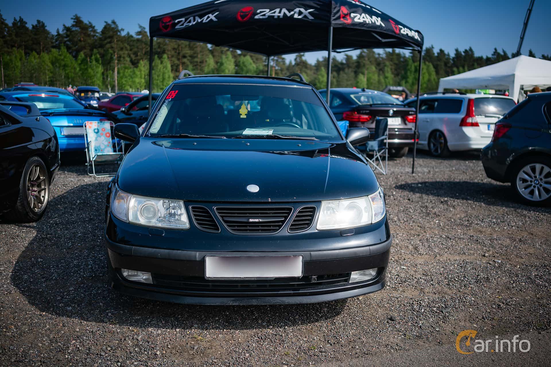 Front of Saab 9-5 Aero SportCombi 2.3 Turbo Manual, 250ps, 2002 at