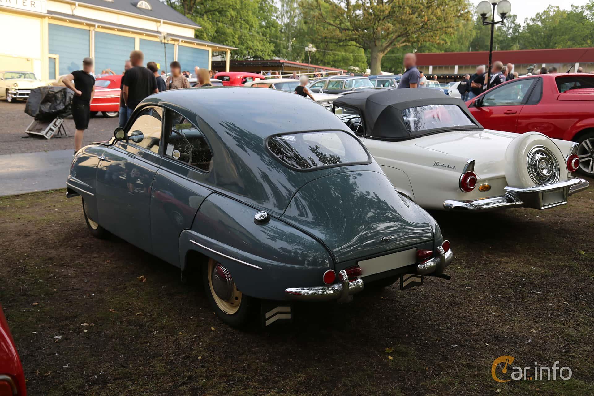 Back/Side of Saab 92 0.7 Manual, 26ps, 1954 at Bil & MC-träffar i Huskvarna Folkets Park 2019 Amerikanska fordon