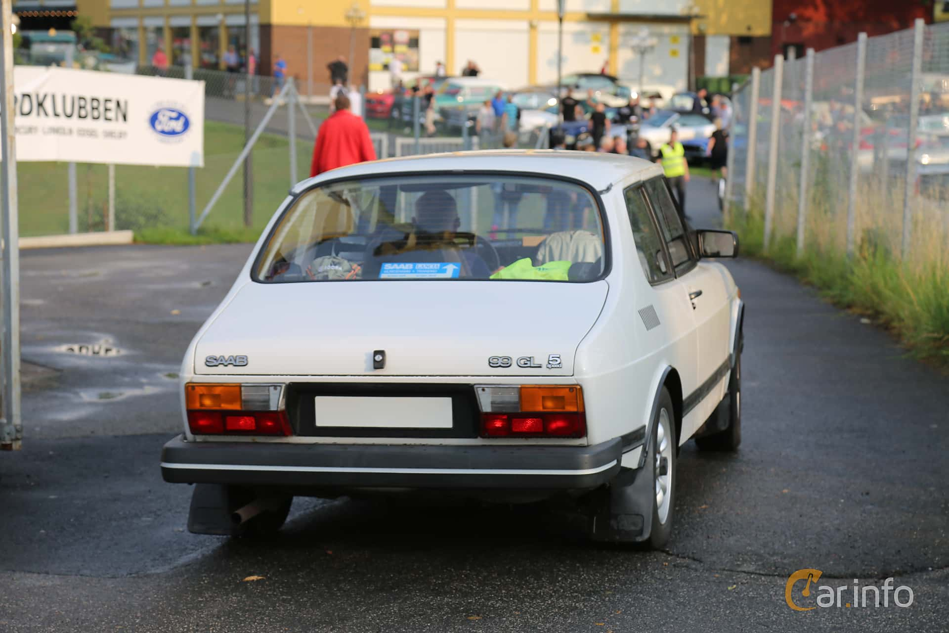 Saab 99 2-door Sedan 2.0 Manual, 100hp, 1984 at Bil & MC-träffar i Huskvarna Folkets Park 2019 Amerikanska fordon