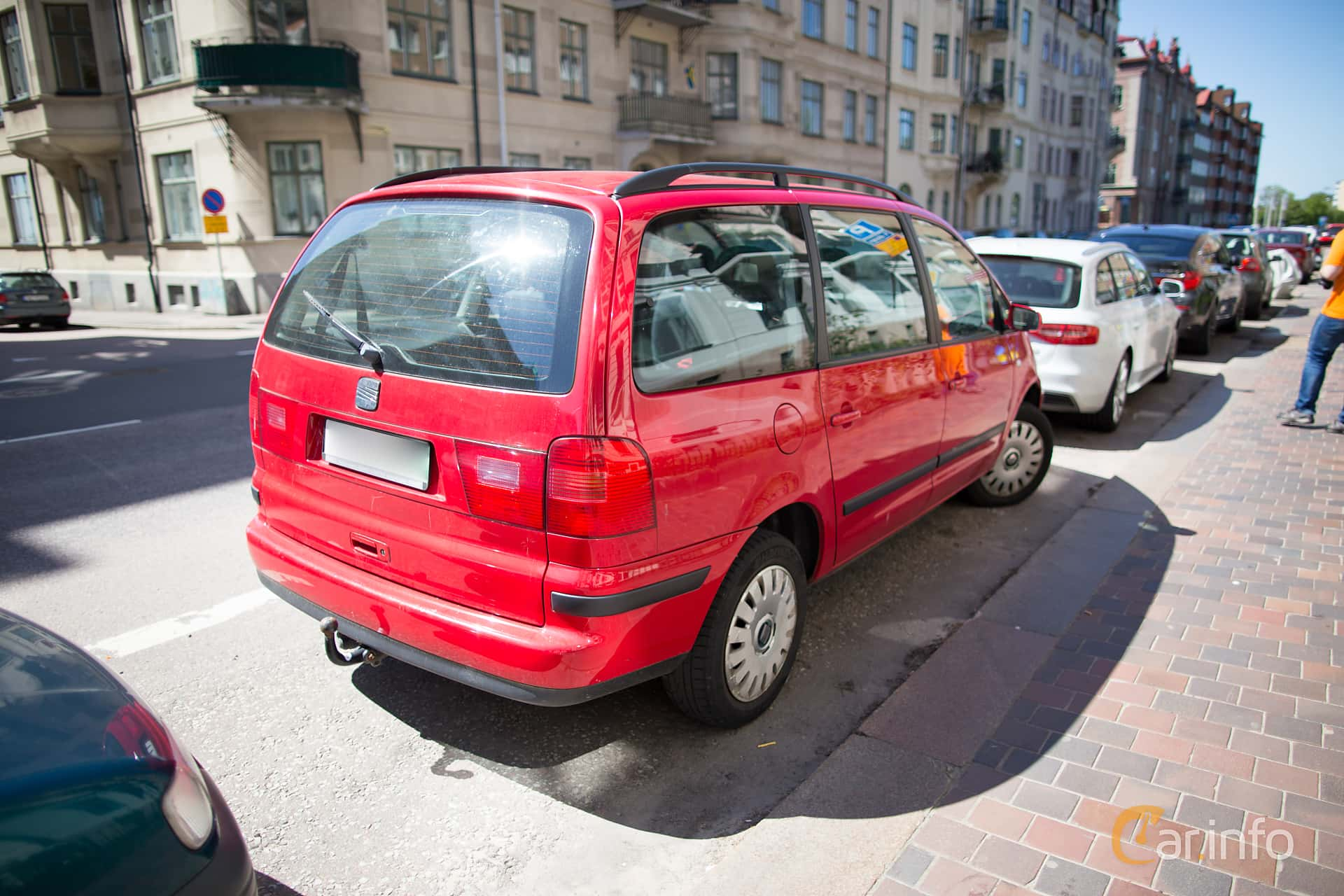 Back/Side of SEAT Alhambra 2.0 Manual, 115ps, 2003