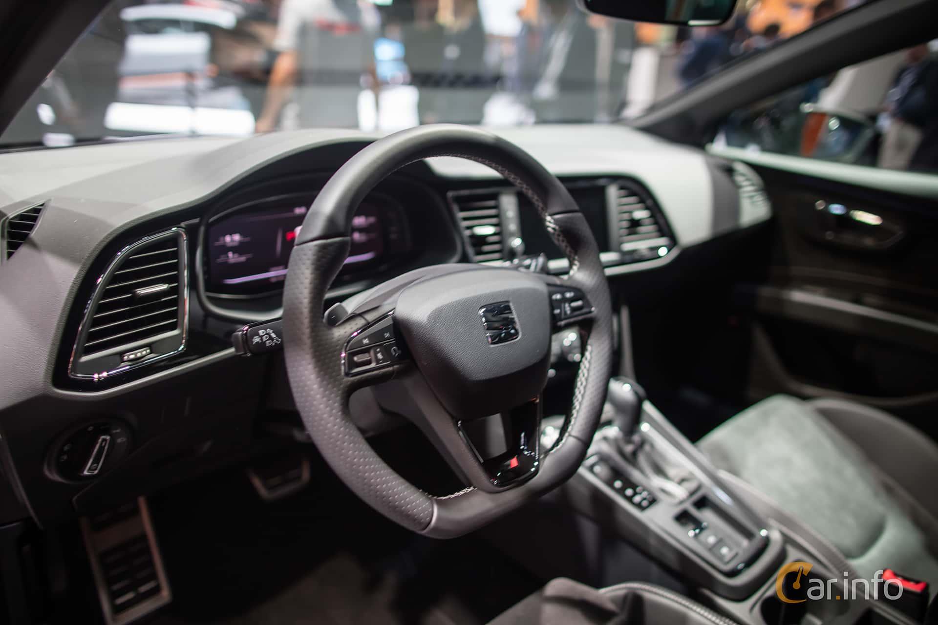 https://s.car.info/image_files/1920/seat-leon-st-interior-iaa-2017-2-452188.jpg