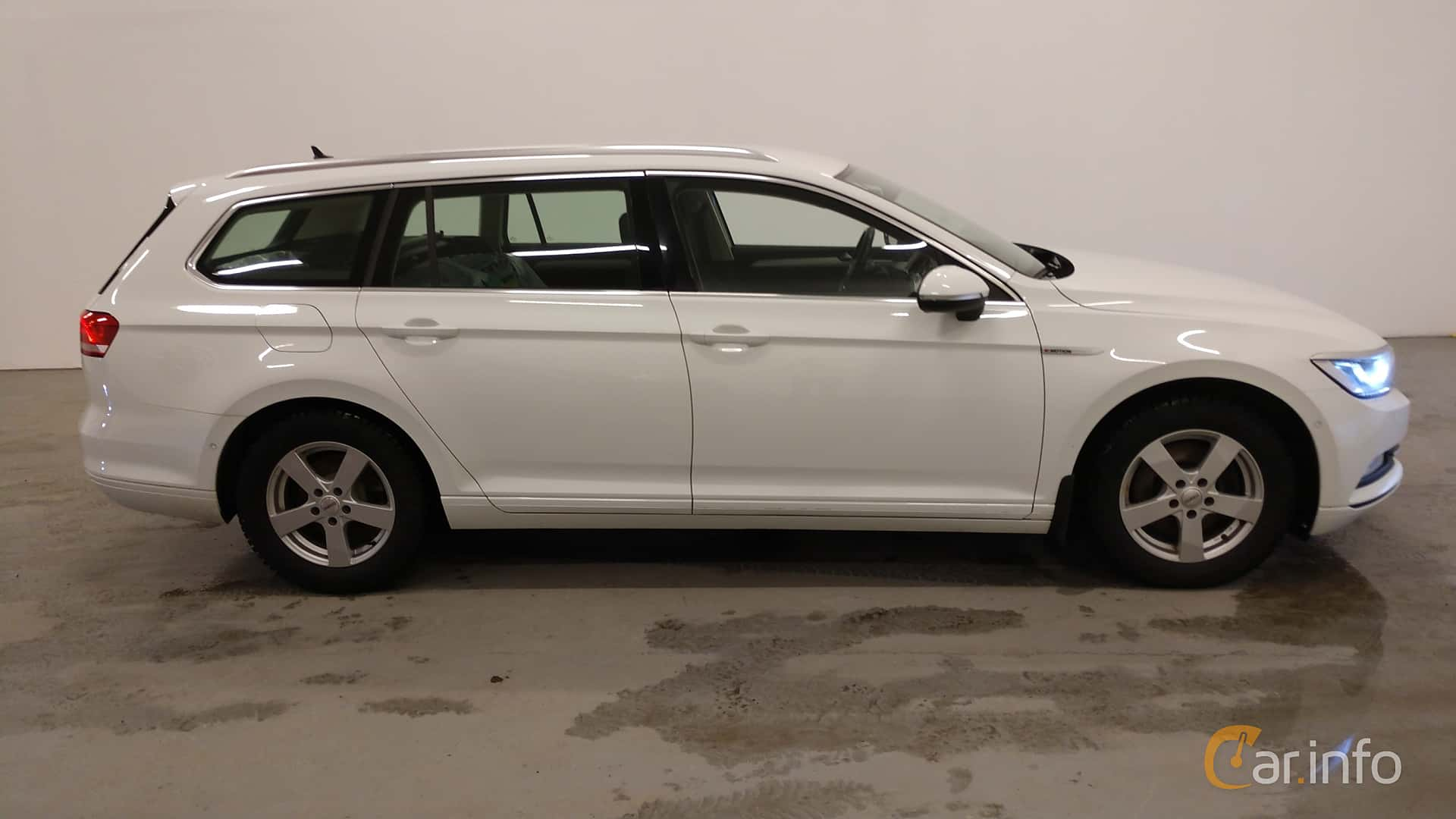 Volkswagen Passat Variant 2.0 TDI BlueMotion 4Motion Manual, 150hp, 2016