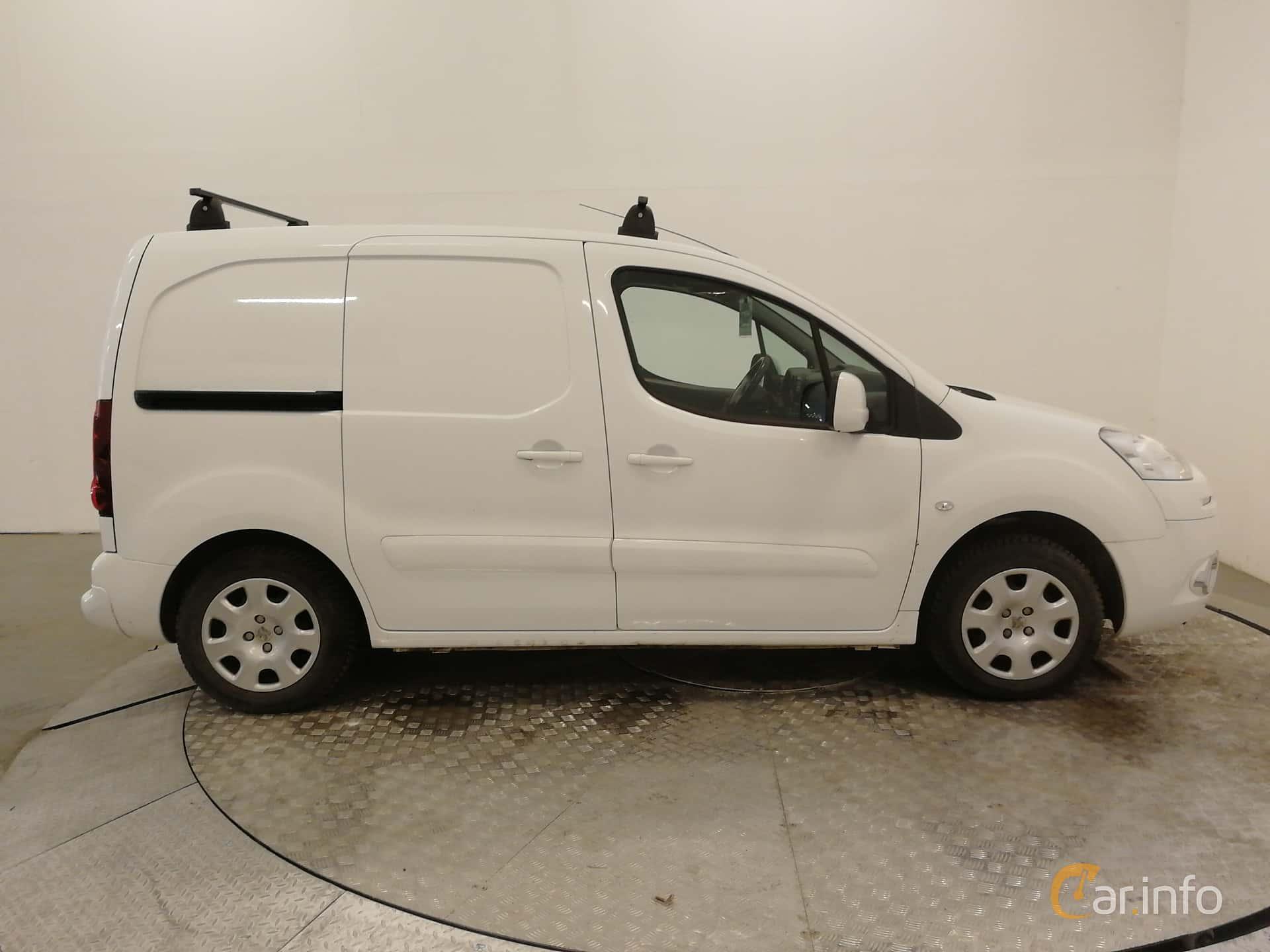 Side  of Peugeot Partner Van 1.6 HDi Manual, 92ps, 2014