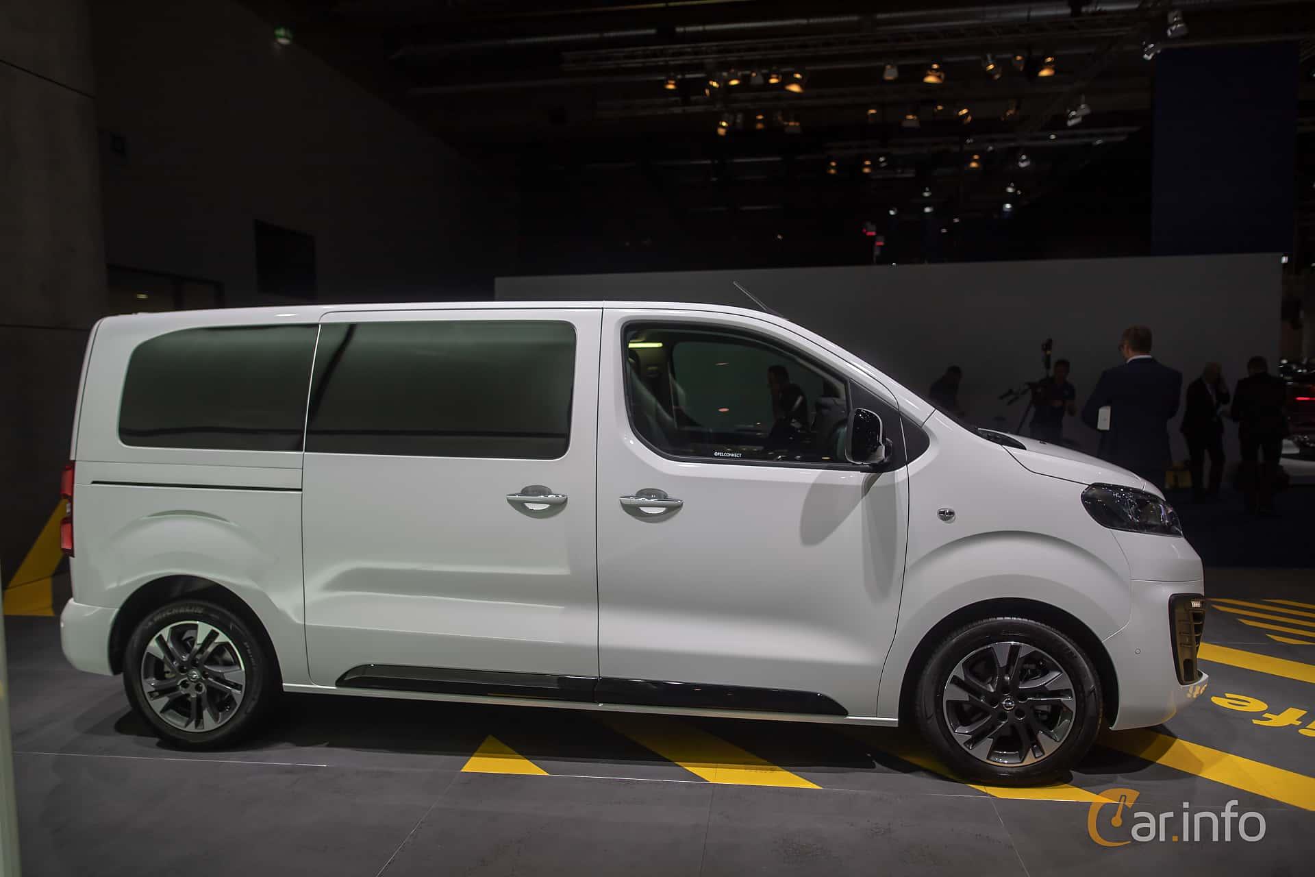 Side  of Opel Zafira Life 2.0 Manual, 150ps, 2020 at IAA 2019