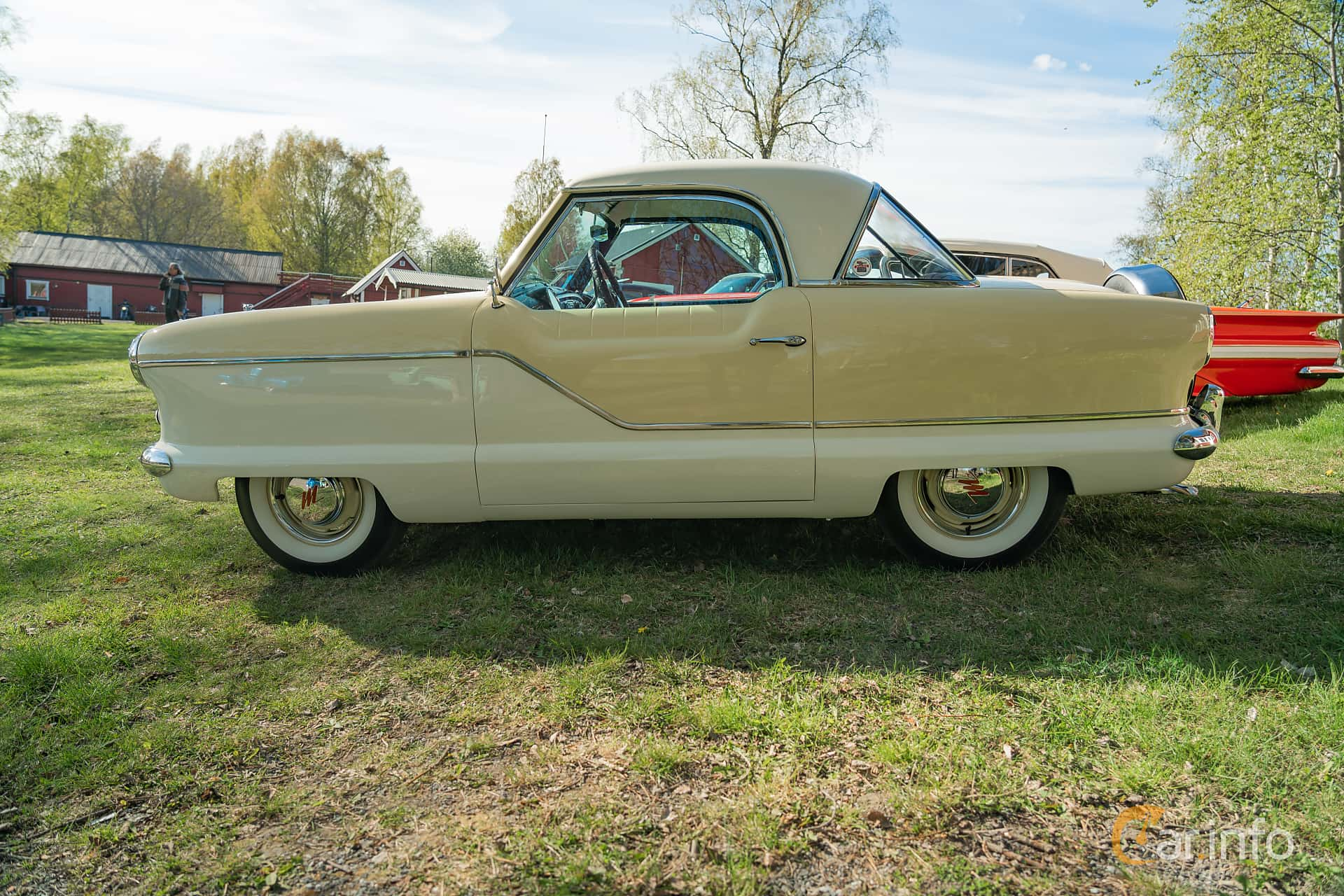 Side  of Nash Metropolitan 1.5 Manual, 53ps, 1957 at Lissma Classic Car 2019 vecka 20