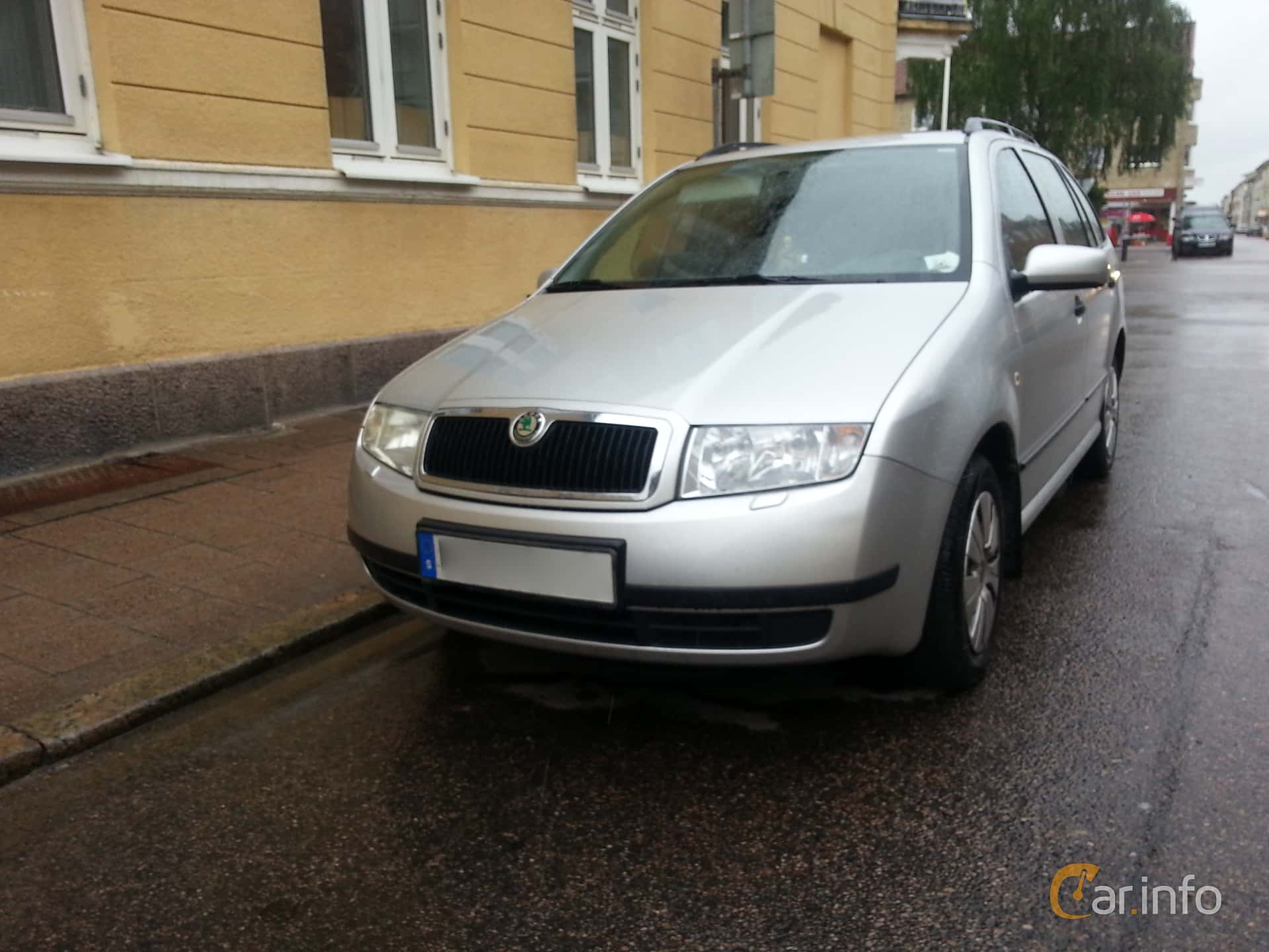 skoda fabia combi 1 2 htp manual 64hp 2004. Black Bedroom Furniture Sets. Home Design Ideas