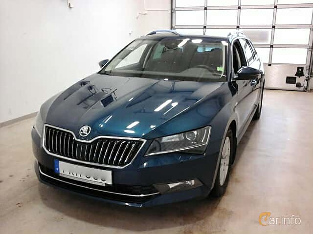 Front/Side  of Skoda Superb Combi 2.0 TDI 4x4 DSG Sequential, 190ps, 2017